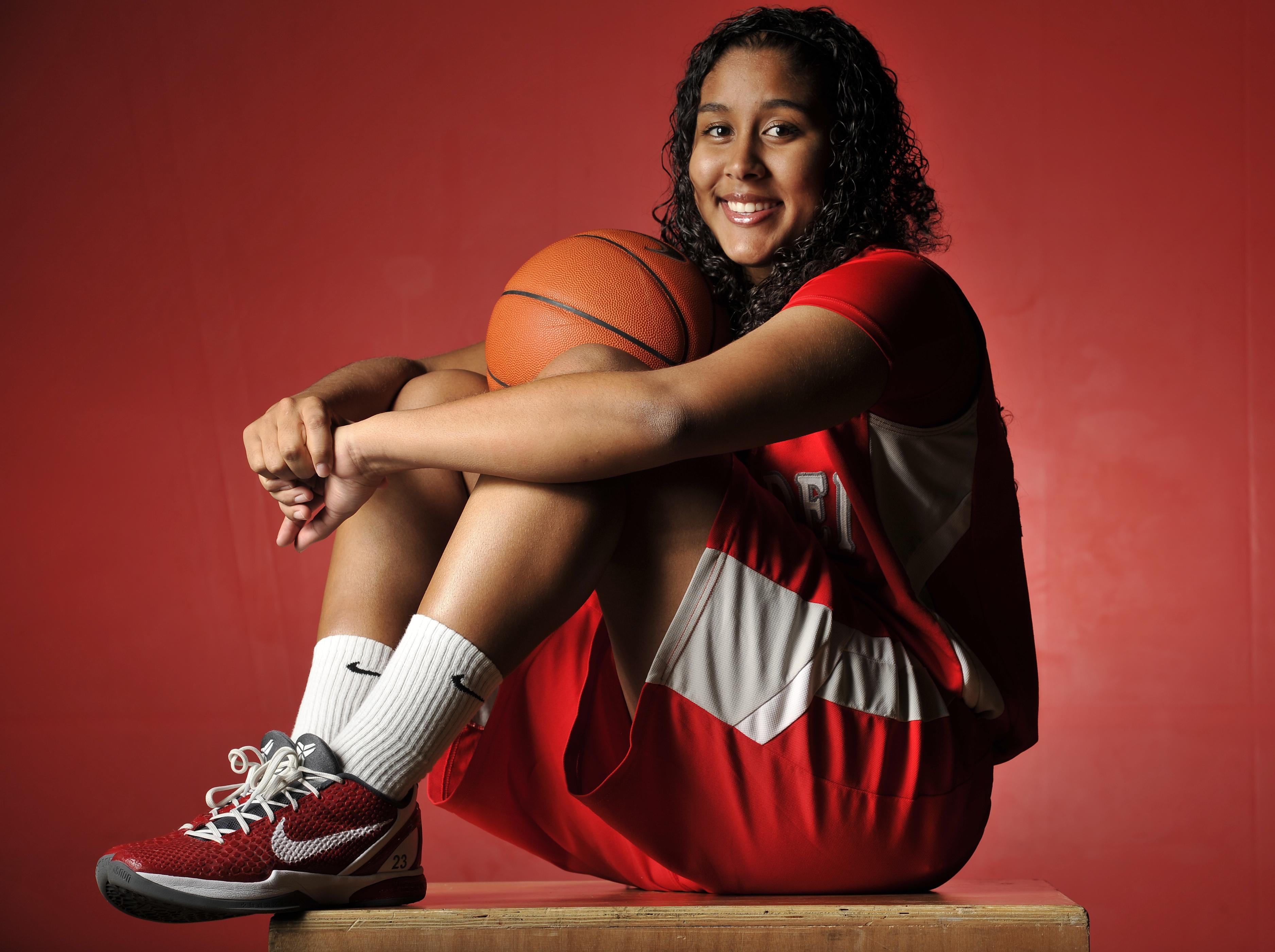 Kaleena Mosqueda-Lewis of Mater Dei was the ALL-USA Girls Basketball Player of the Year in 2011 (Photo: Robert Hanashiro, USA TODAY Sports)