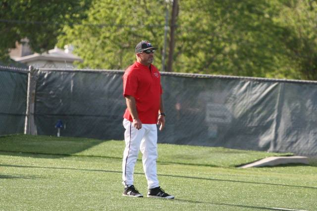 Mustang (Okla.) baseball coach Scott Selby recently stepped down to watch his son play as a senior. (Facebook)