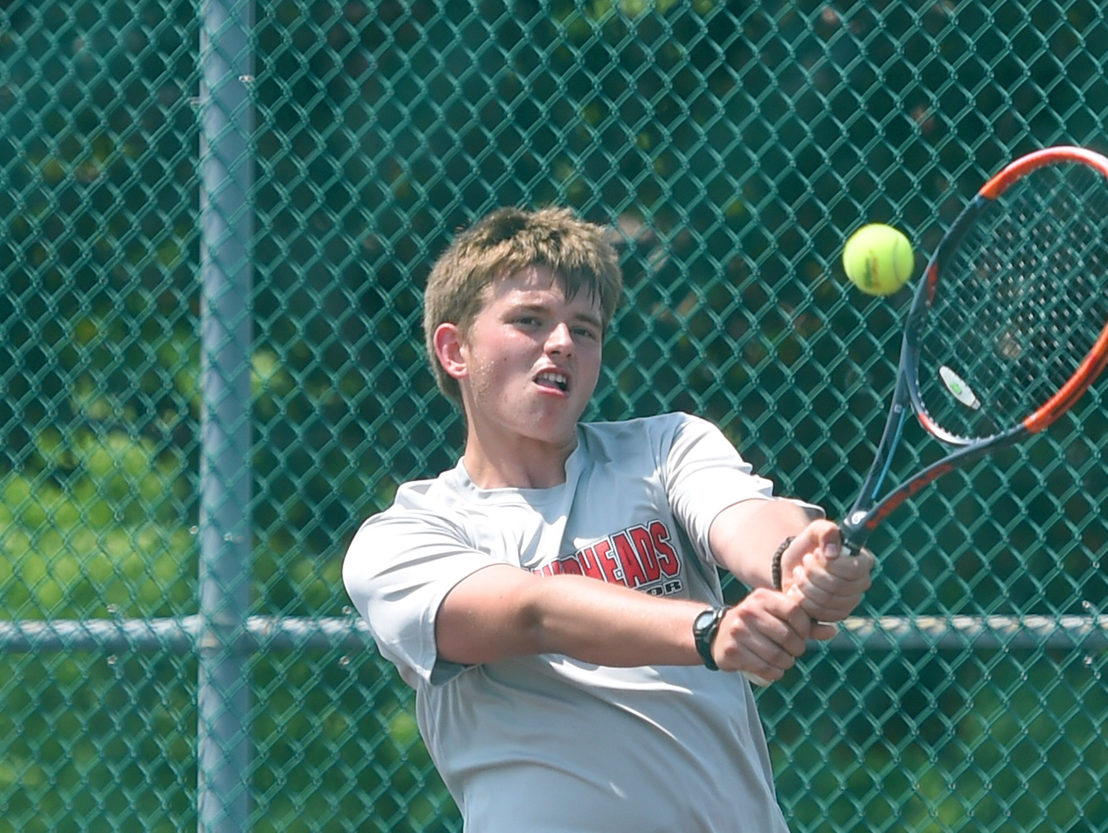Riverheads' Eric Alanko returns the ball in a match against Robert E. Lee's Mark Silwoski during the Conference 36 tennis tournament in Fishersville on Thursday, May 13, 2016.