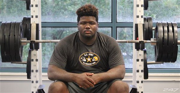 Top DT prospect Marvin Wilson says Texas needs to win nine games in 2016 to gain his attention (Photo: Twitter)