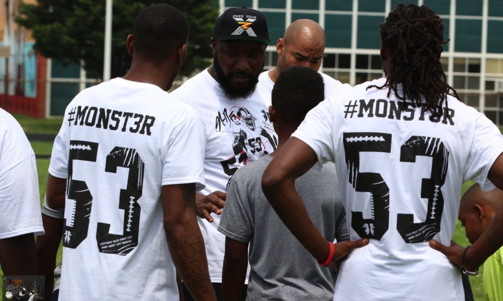 NaVorro Bowman at his football camp last summer in the Washington, D.C. area (Photo: Travis Ellison)