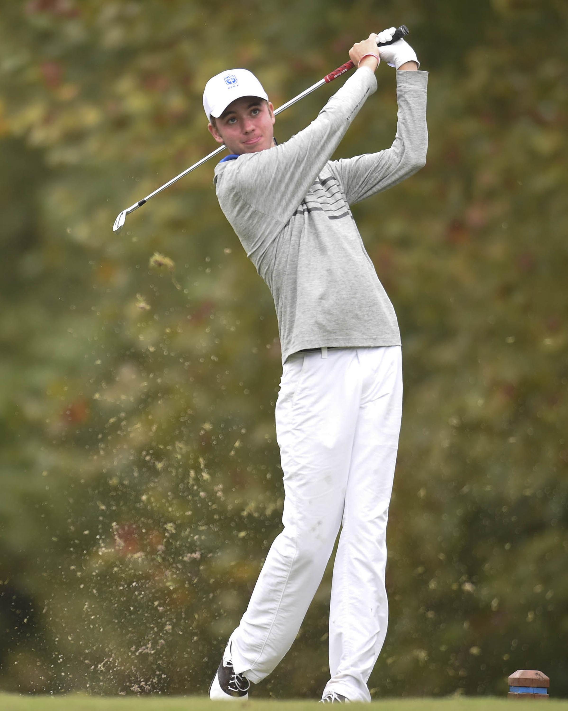 CAK's Davis Shore tees off during a high school golf tournament at the Sevierville Golf Club on Thursday, Oct. 1, 2015. (ADAM LAU/NEWS SENTINEL) ORG XMIT: px_blackerby2 [Via MerlinFTP Drop]