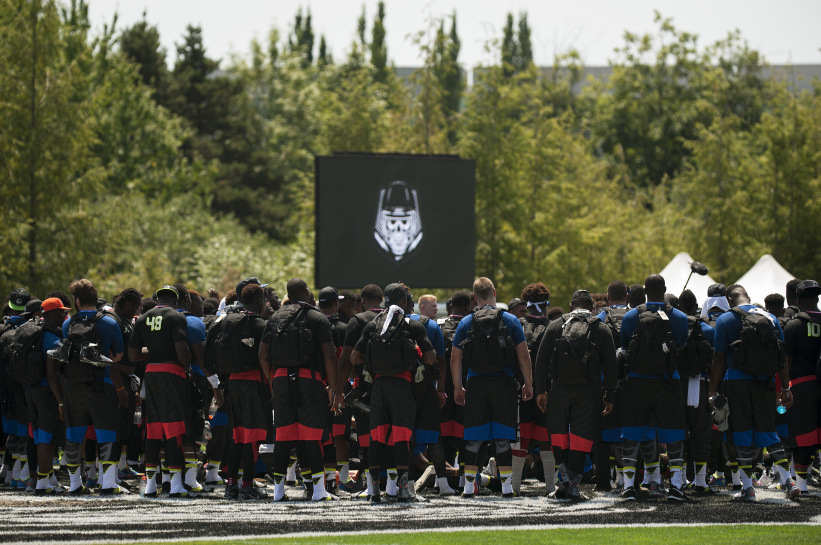 Players huddle up after a session of The Opening last summer in Oregon (Photo: by Godofredo Vasquez, USA TODAY Sports)