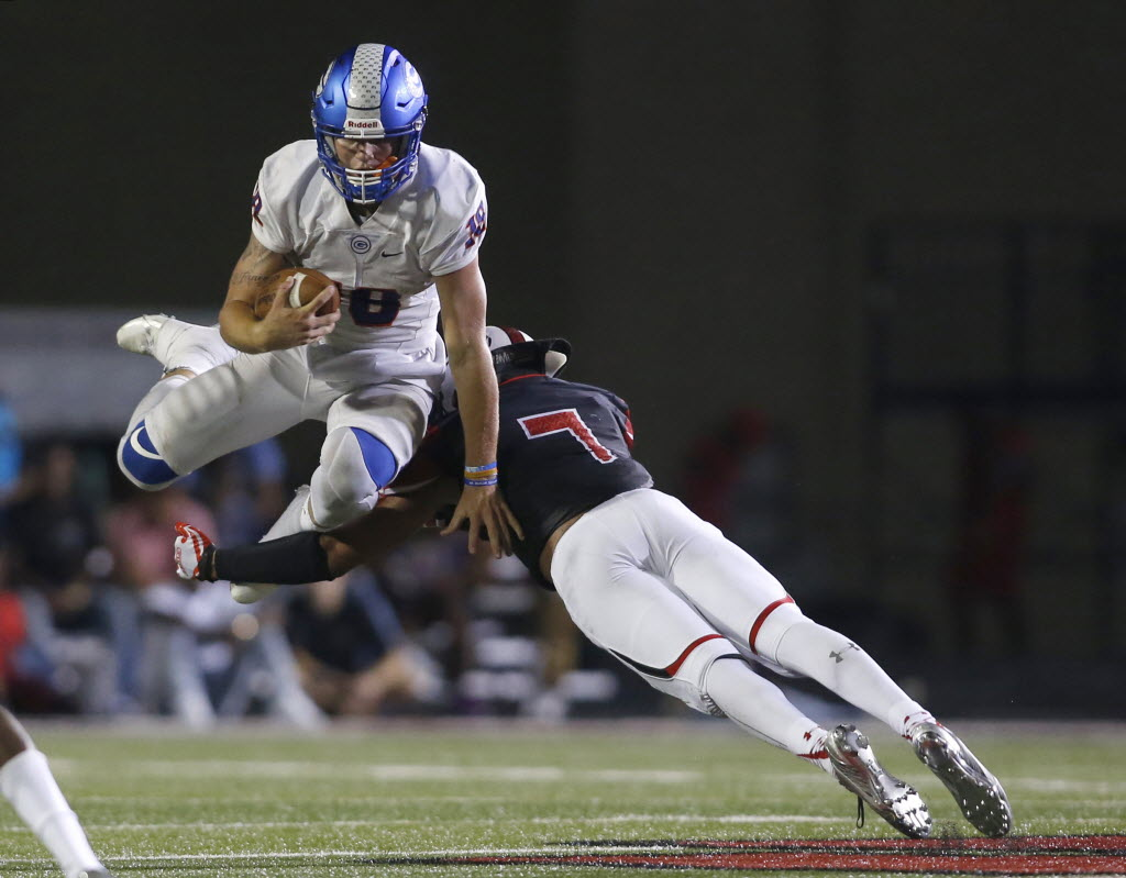 Bishop Gorman's Tate Martell had three rushing touchdowns in a 44-14 defeat of Cedar Hill. (Photo: Tim Heitman, USA TODAY Sports).