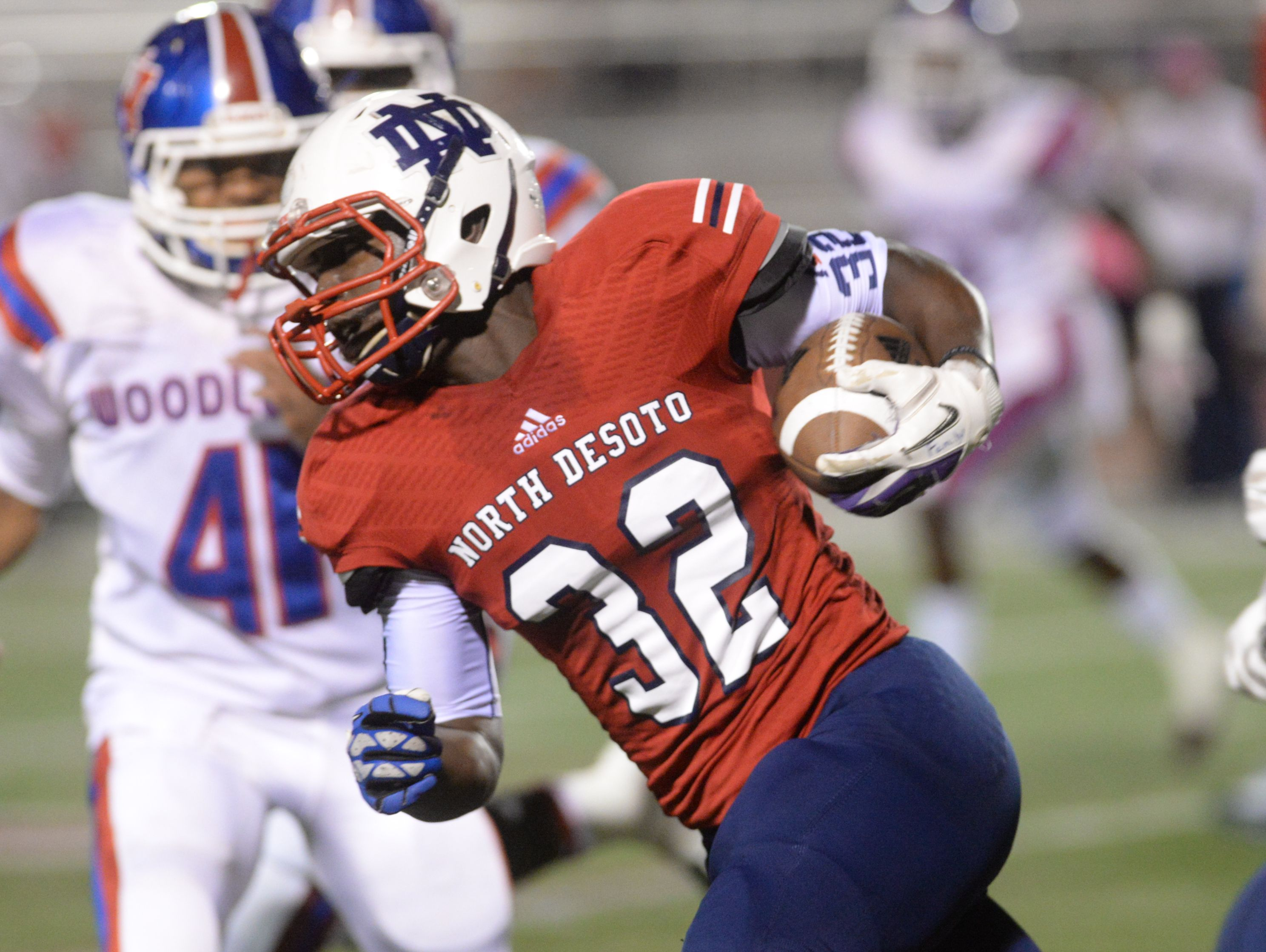 North DeSoto's Delmonte Hall scored eight touchdowns against Huntington to tie a state record.