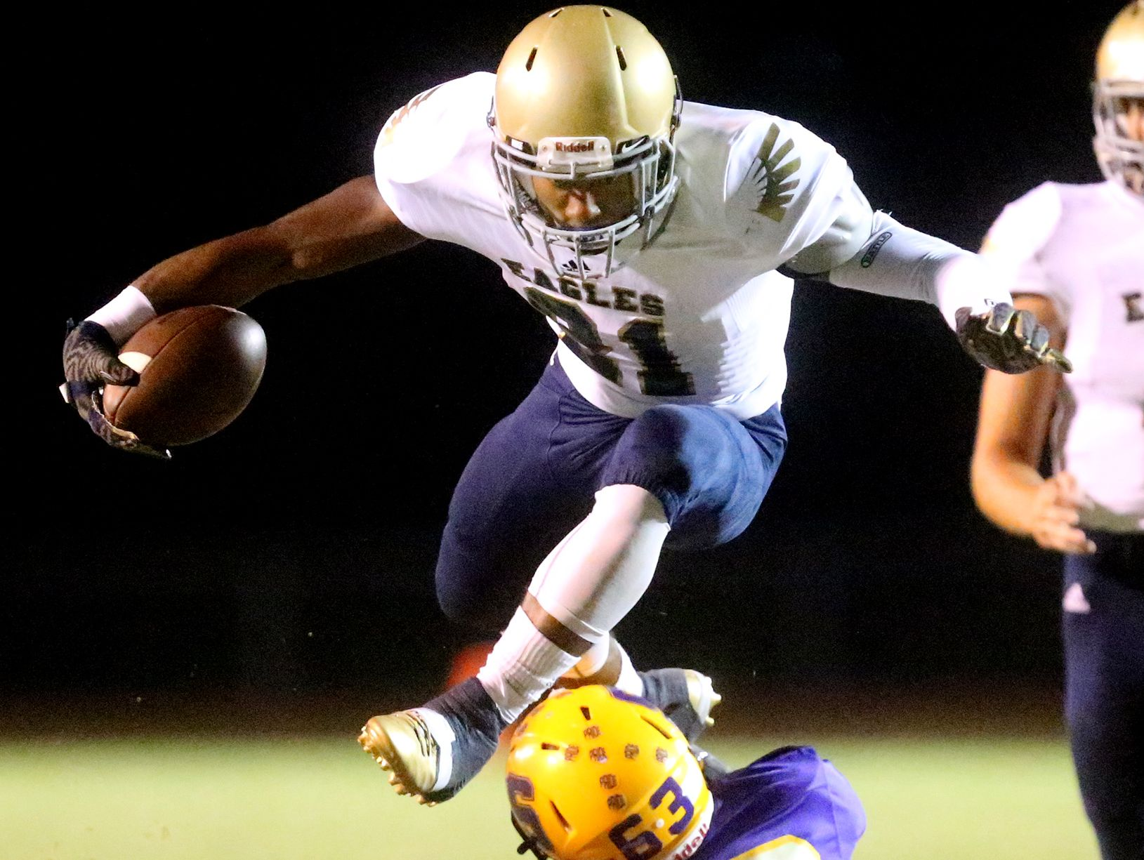 Independence's Troy Henderson (21)