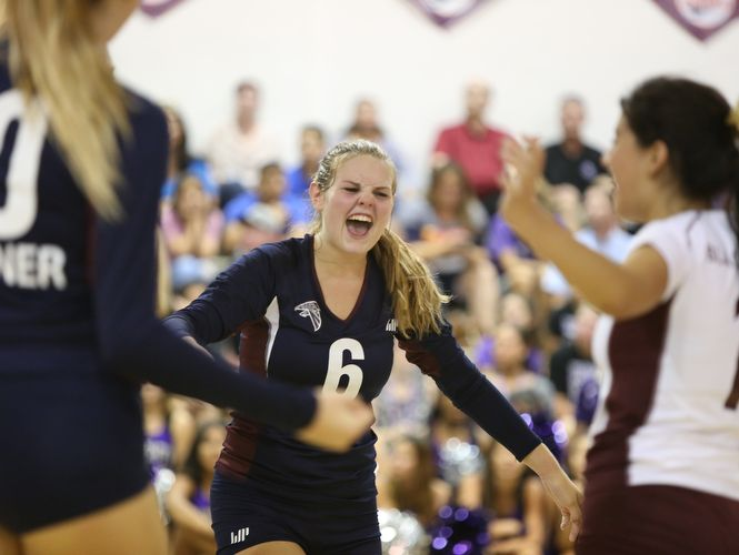 Scenes during the La Quinta varsity volleyball game against Shadow Hills at La Quinta High School on Thursday, September 15, 2016.