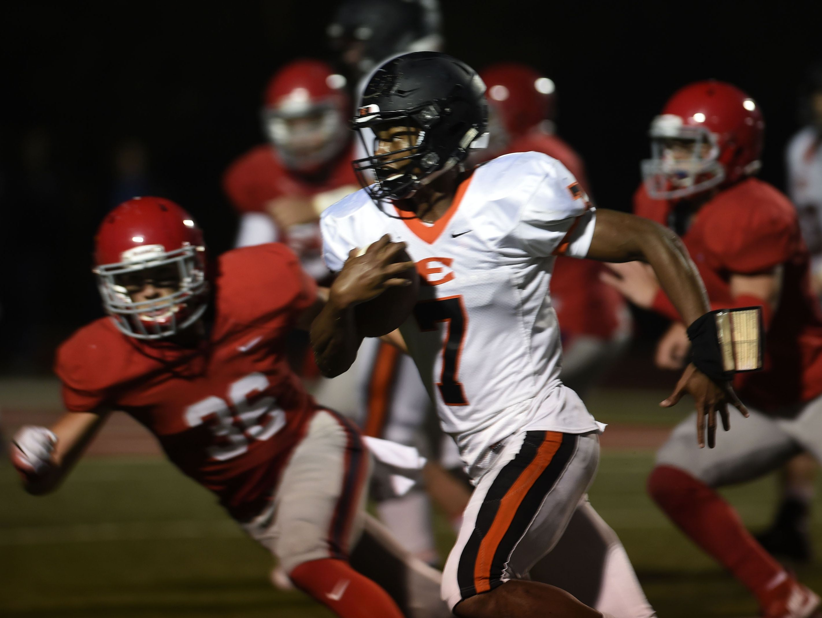 Ensworth quarterback Jaylon King accounted for four total touchdowns in Friday's win over McCallie.