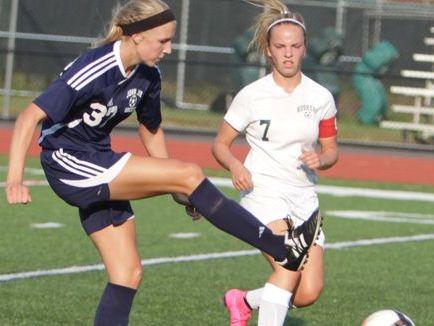 Yorktown's Alyssa Francese (left) is the Lohud Girls Soccer POTW after scoring six goals in three games.