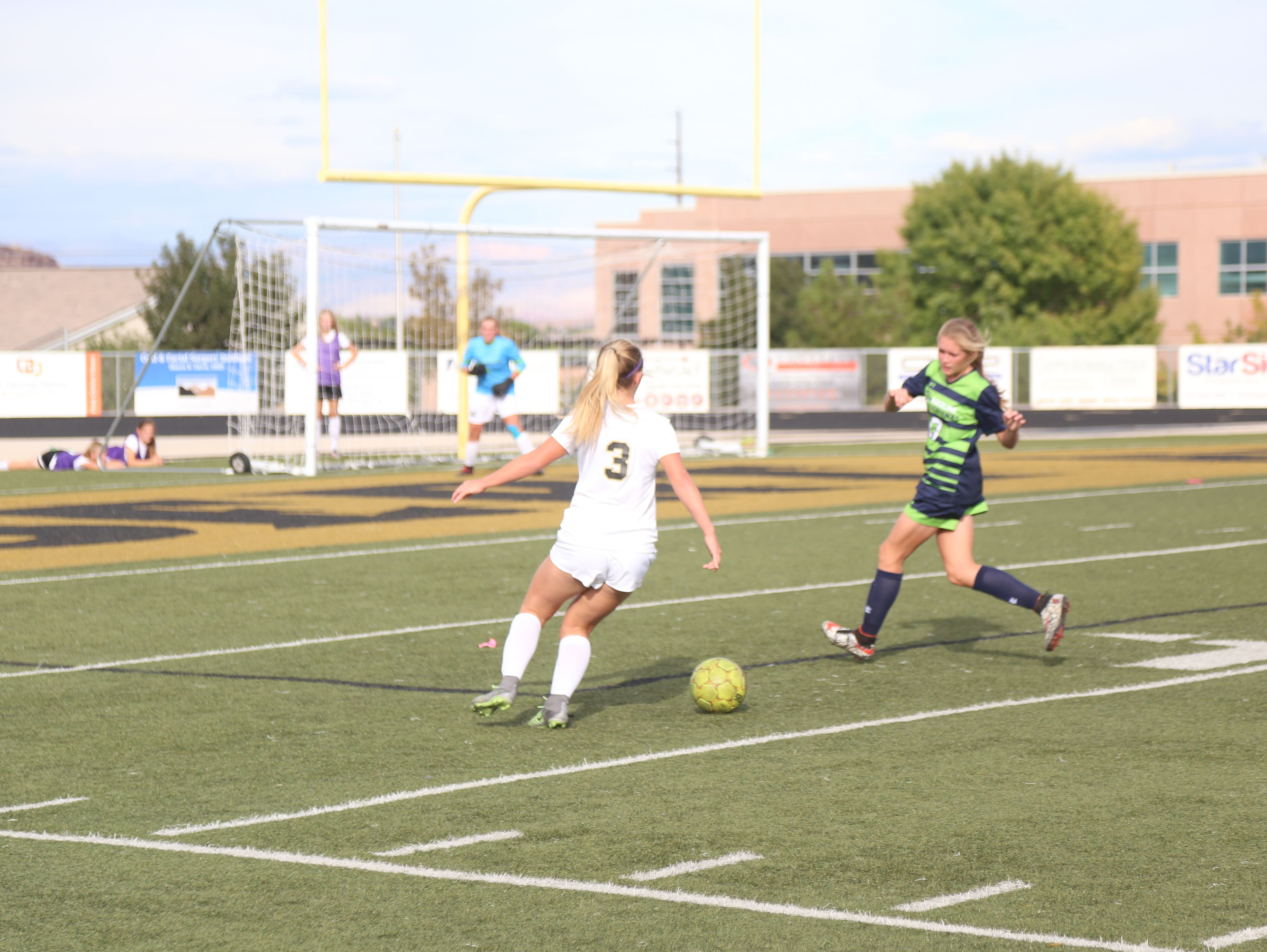 Ridgeline went on the road and upset the Desert Hills Thunder for a 3-1 penalty shootout victory Wednesday afternoon at Thunder Stadium.