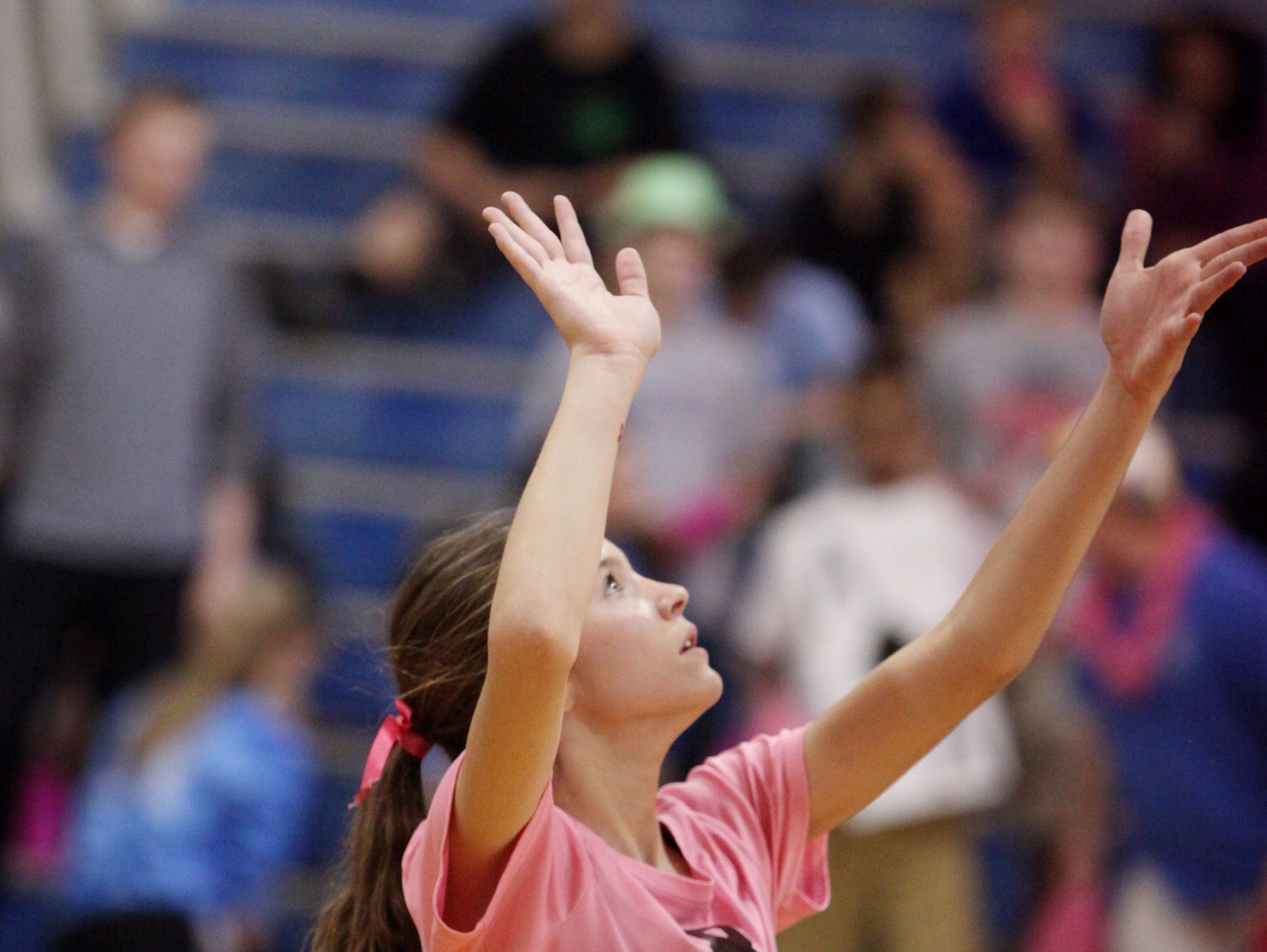 Fort Defiance's Casey Mozingo serves the ball during the volleyball match against R.E. Lee on Tuesday, Oct. 18, 2016 at Fort Defiance.