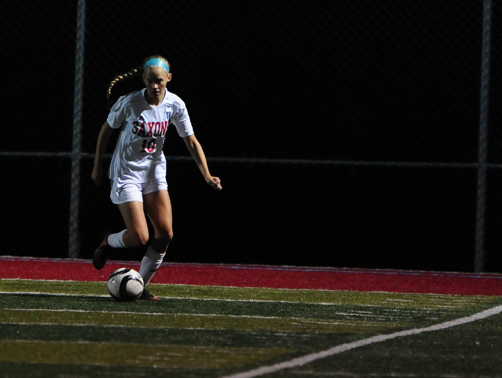 South Salem defender Hannah Hersh (10) with the ball against West Salem during a Greater Valley Conference game, Wednesday, Oct. 6, 2015, in Salem, Ore.