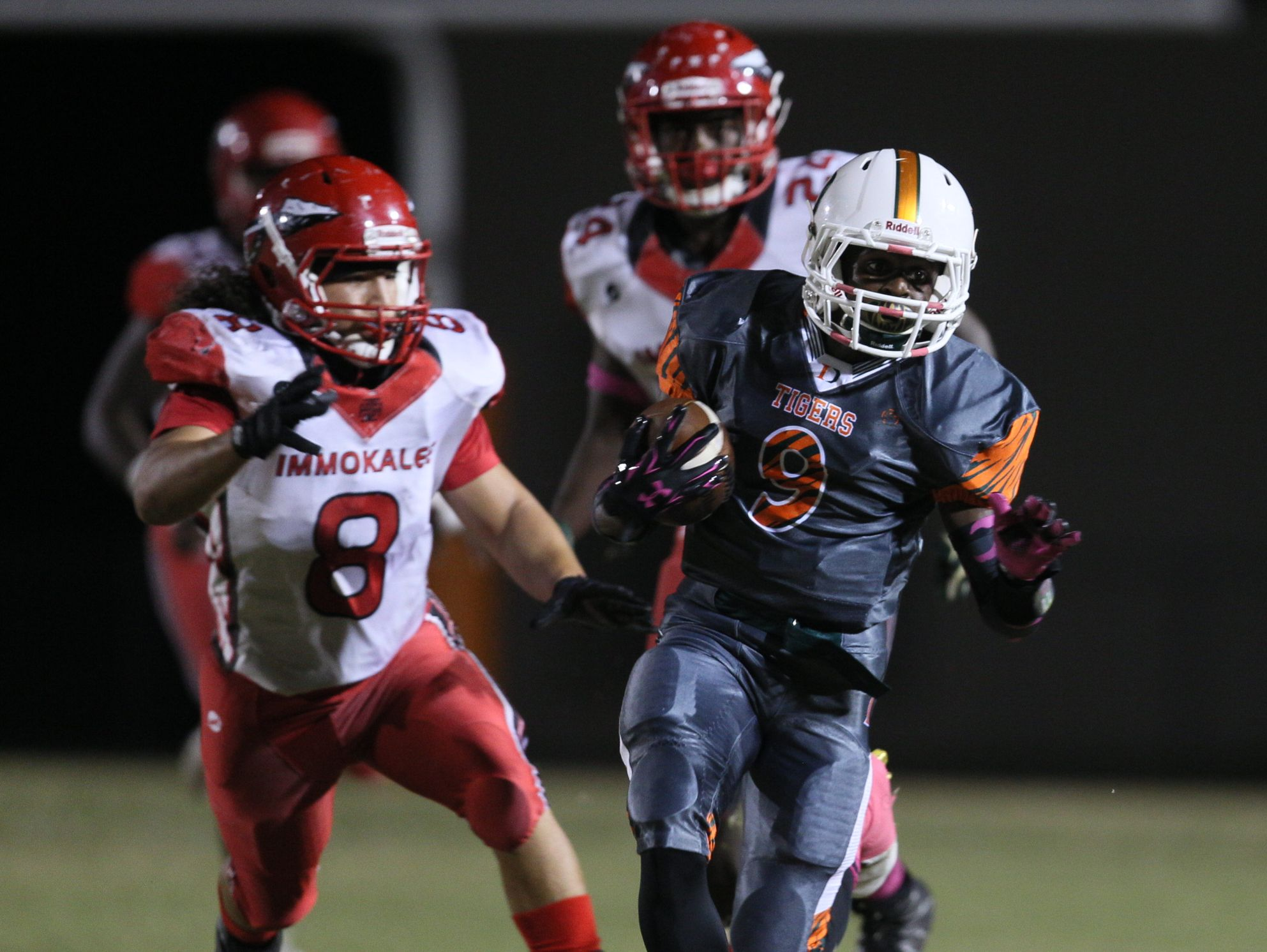 Dunbar, which sits at No. 3 in the Fab 5, travels to Mariner this week.