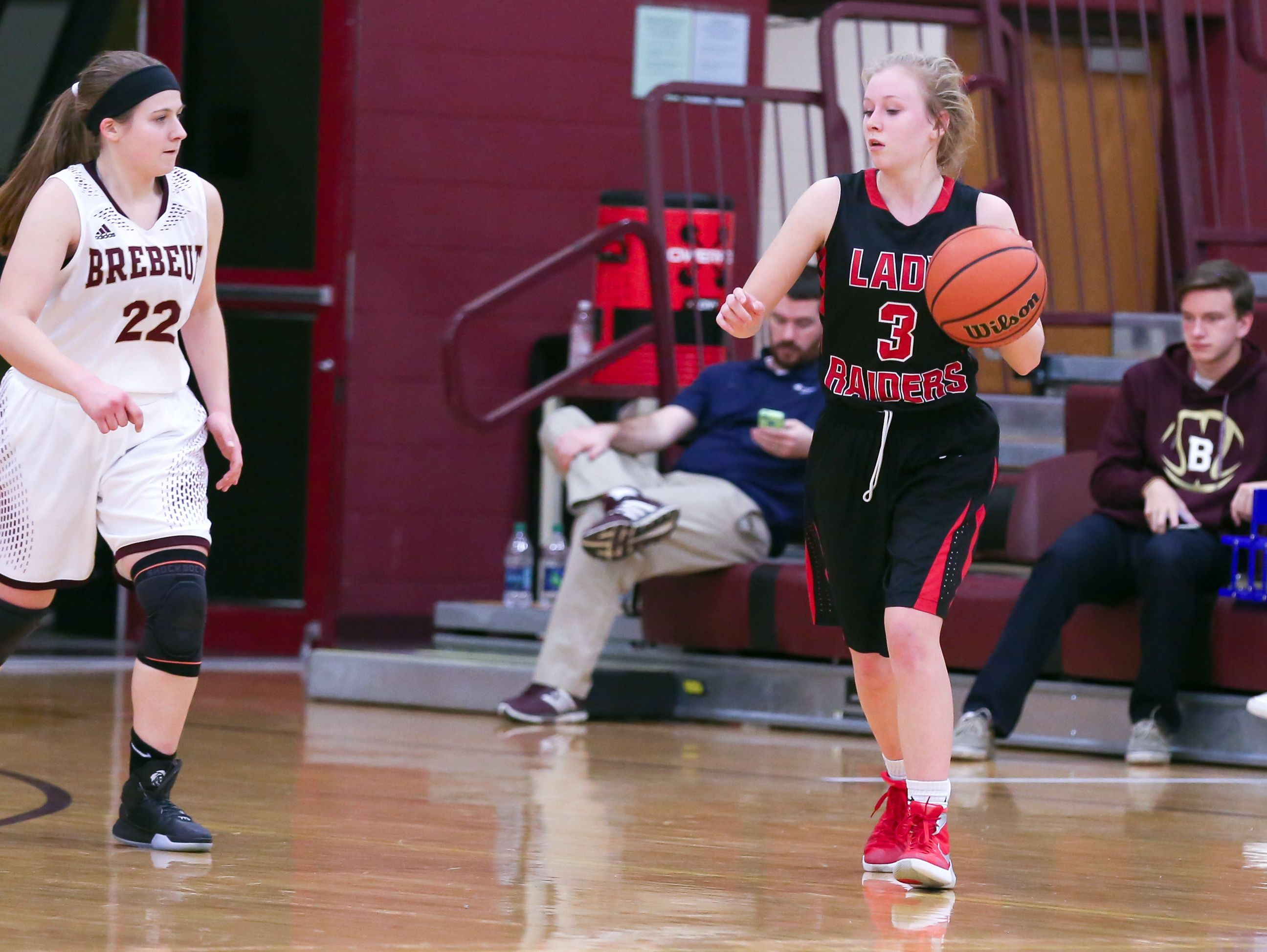 Cardinal Ritter's Abby Downard (right) averaged 15.0 points a game last season.
