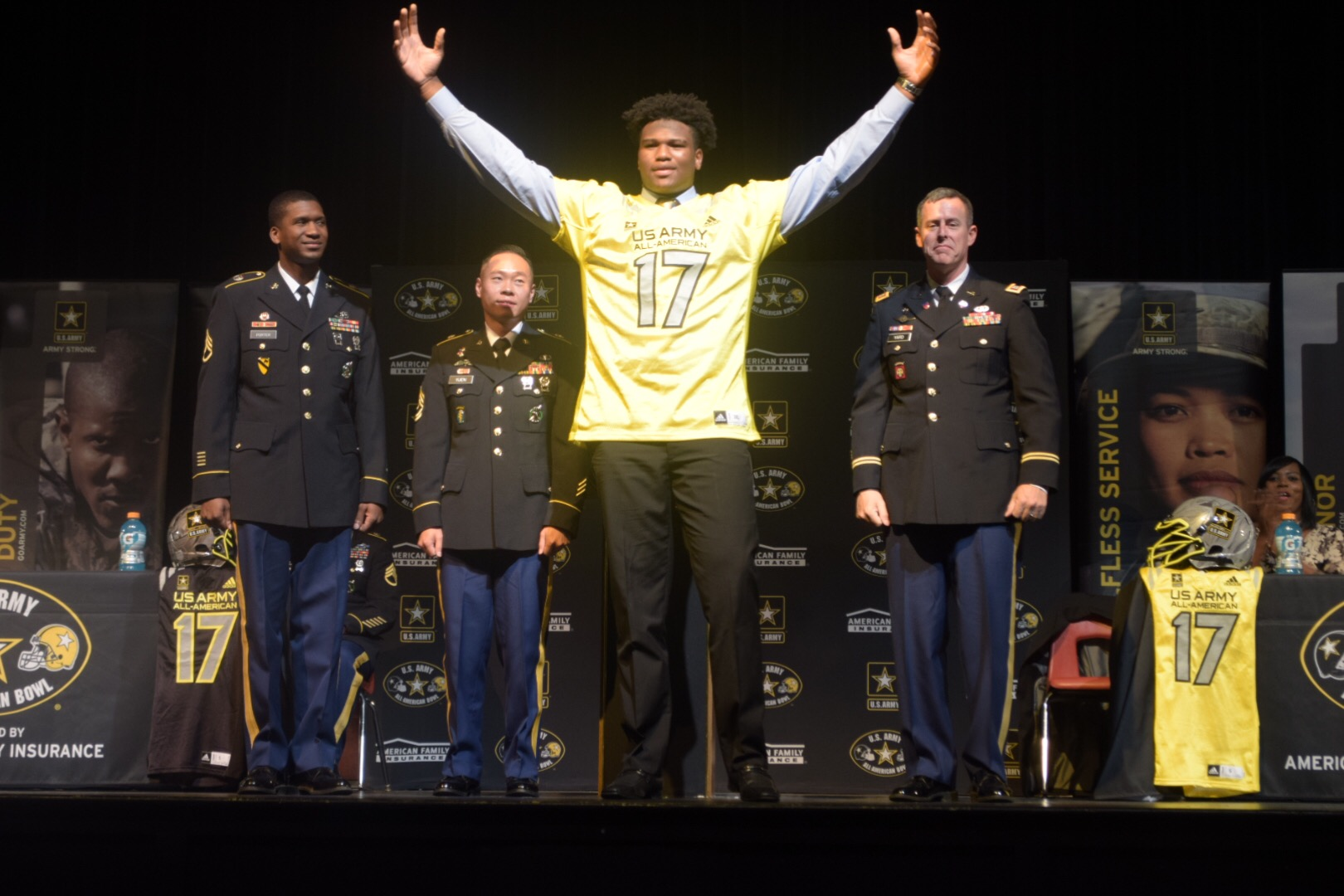 Jayden Peevy reacts after receiving his Army All-American Bowl jersey (Photo: Army All-American Bowl)