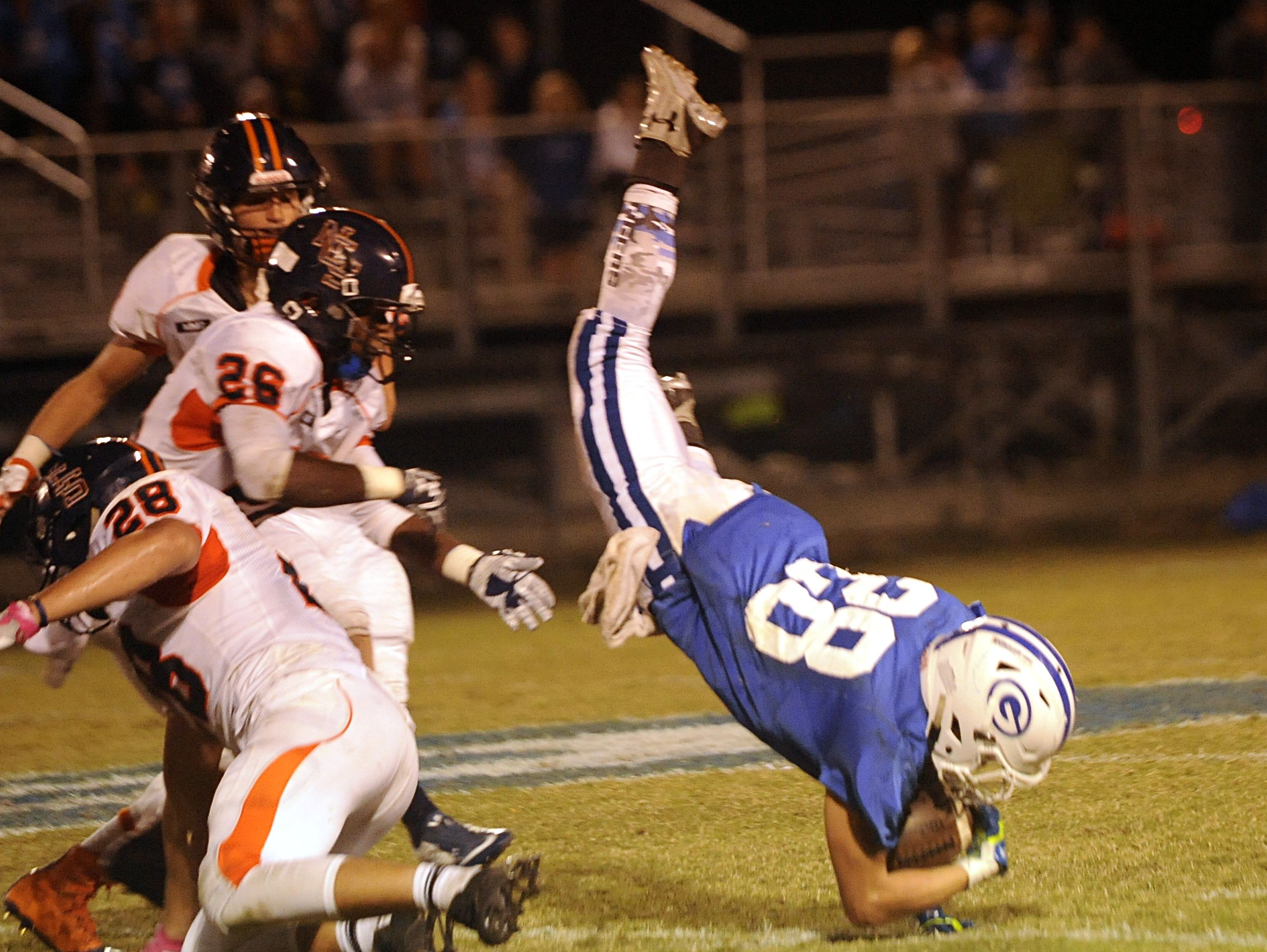 Gordonsville sophomore tailback Braxton Givens (28)