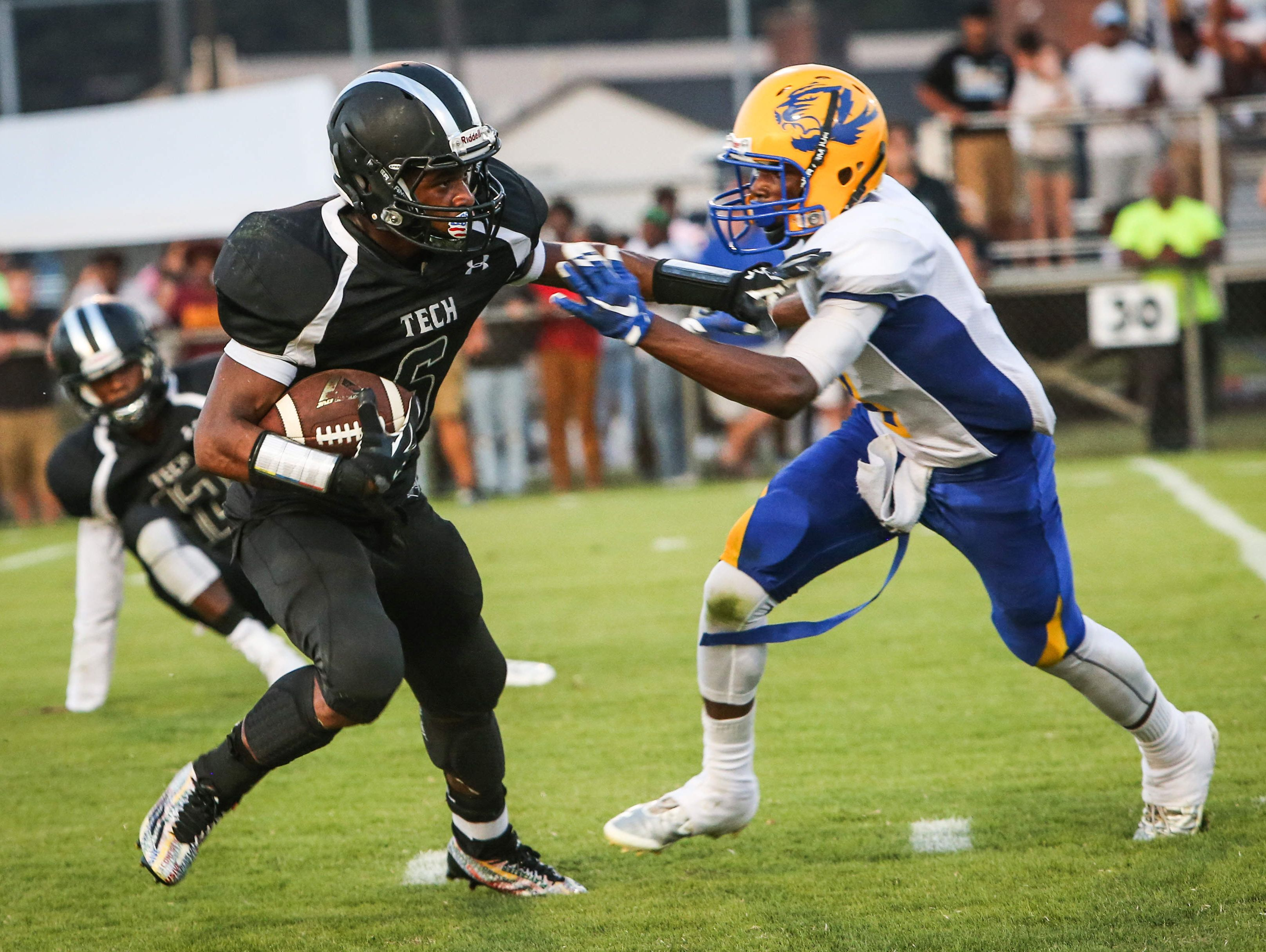 Sussex Tech running back Isaiah Brown, shown here against A.I. du Pont, could be a major weapon for the Ravens against Salesianum on Thursday. Both Brad Myers and Matt Kalin are picking the Sals to win at Baynard Stadium.