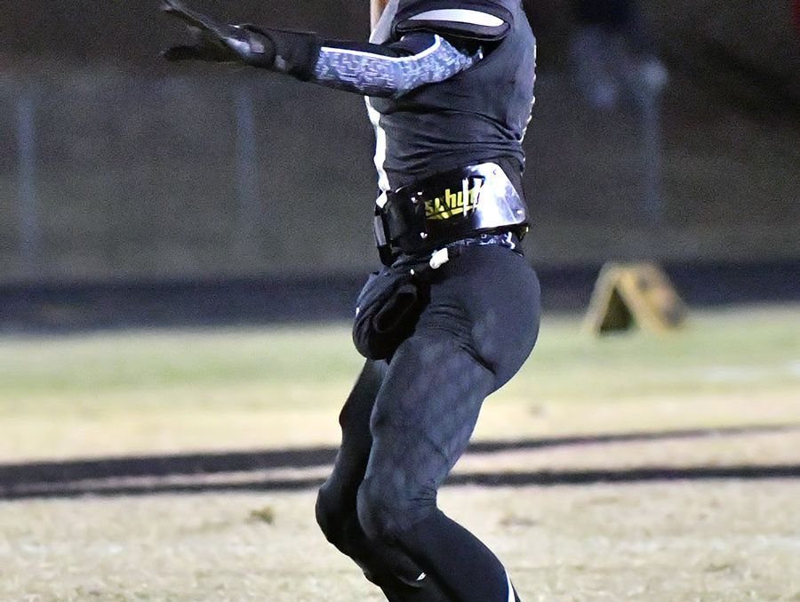 Fairview quarterback Kam Harris-Lusk hits an open receiver. TSSAA Playoffs. Friday, Nov 4, 2016. Fairview vs East Nashville.