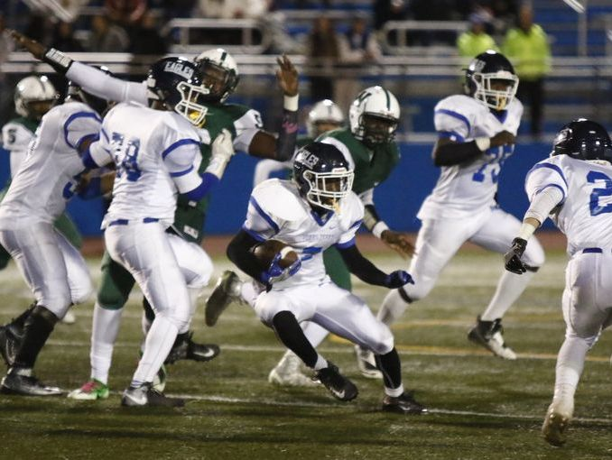 Najee Smith looks for running room during Dobbs Ferry's 21-14 defeat of Woodlands in the Class C championship game at Mahopac High School on Nov. 4, 2016.