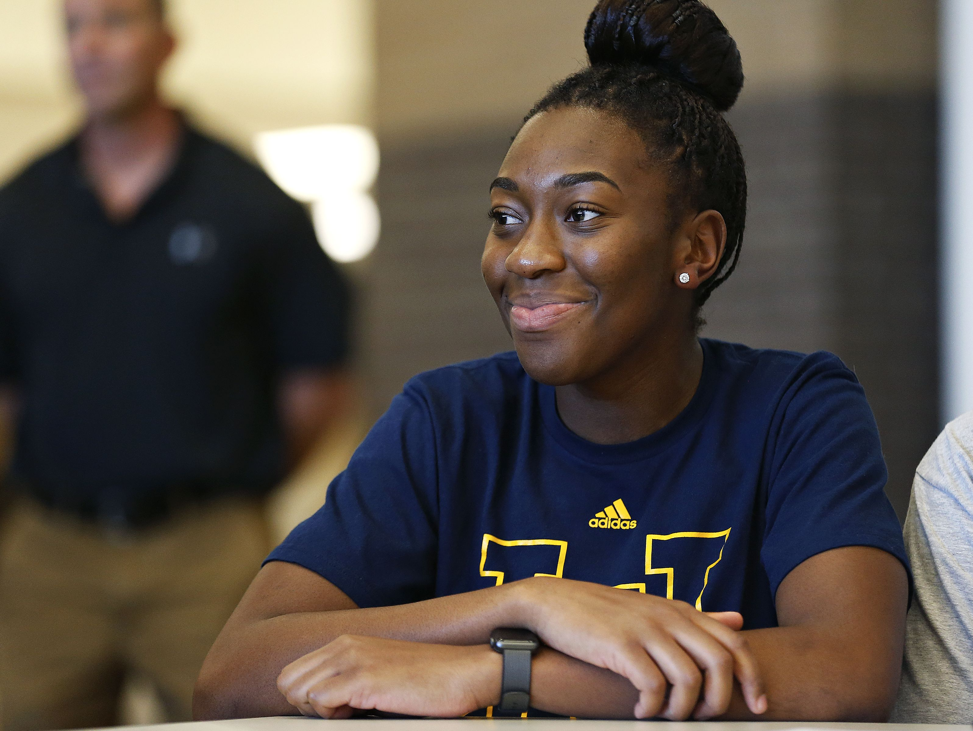 Jordan Sanders waits to sign her national letter of intent during a National Signing Day event held for Chiefs athletes at Kickapoo High School in Springfield, Mo. on Nov. 9, 2016.