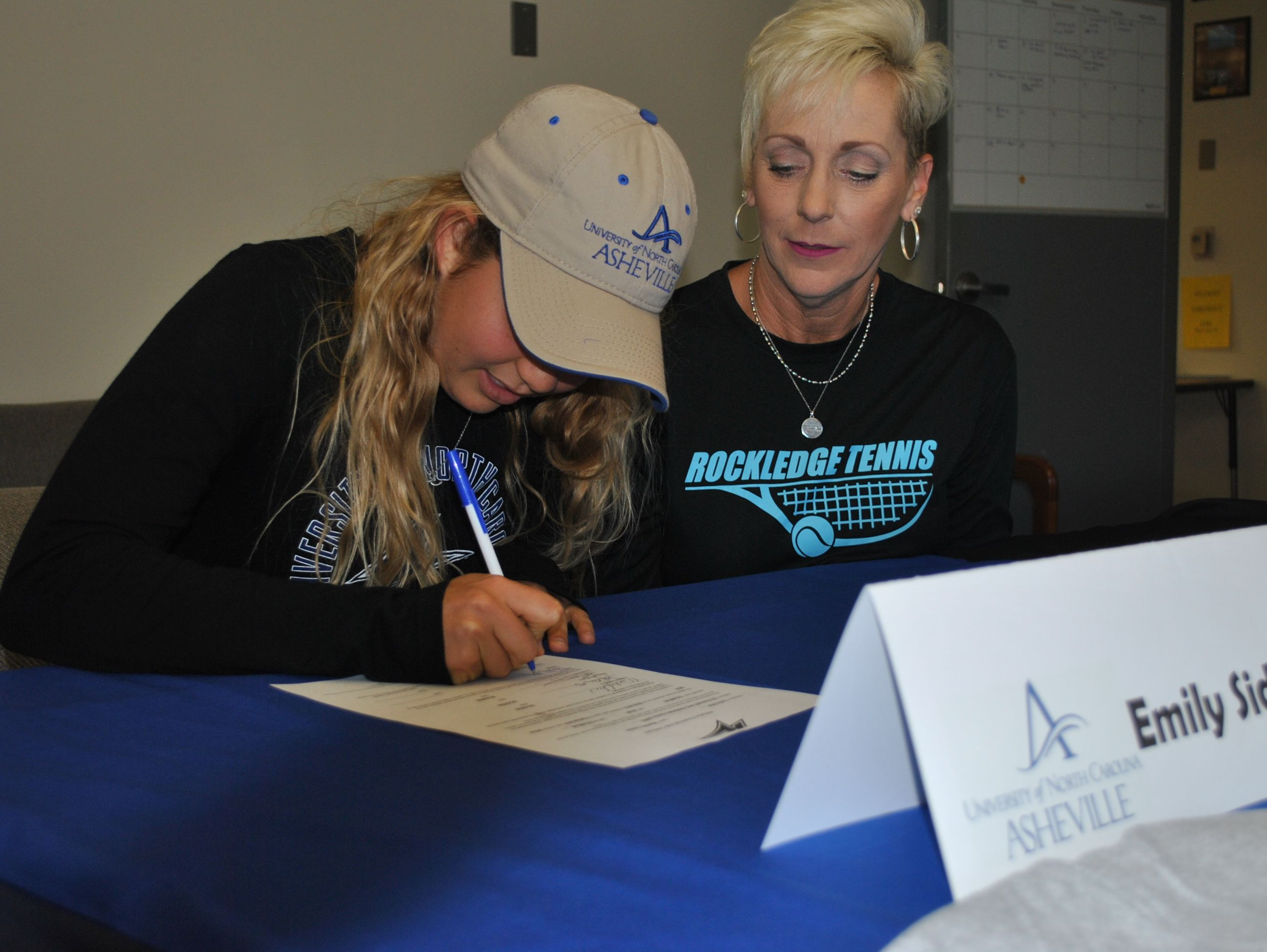 Emily Sidor of Rockledge tennis signed with UNC-Asheville on Thursday. Photo by Leslie Shinault