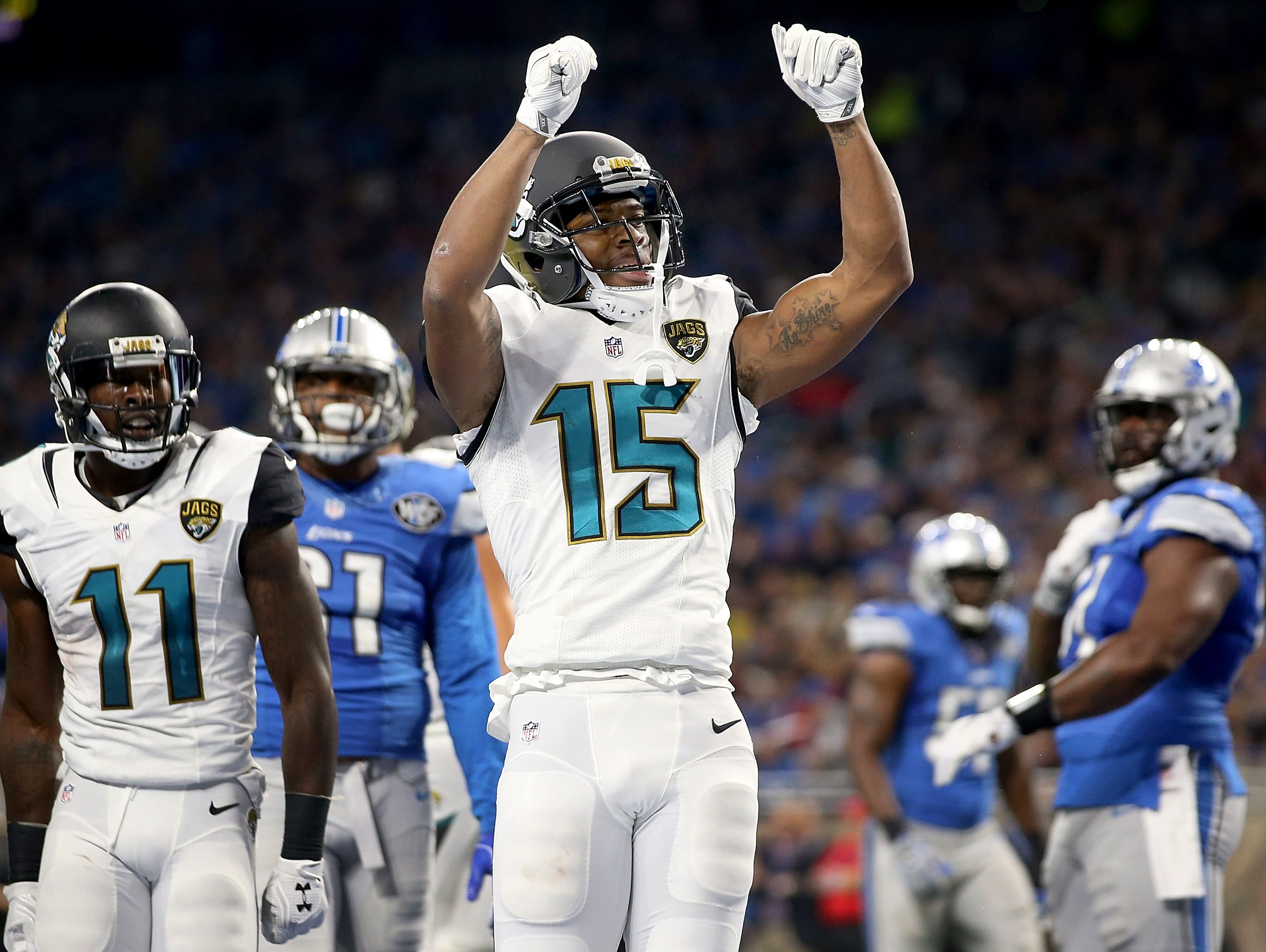 Jaguars wide receiver Allen Robinson celebrates his second-quarter touchdown Sunday at Ford Field.