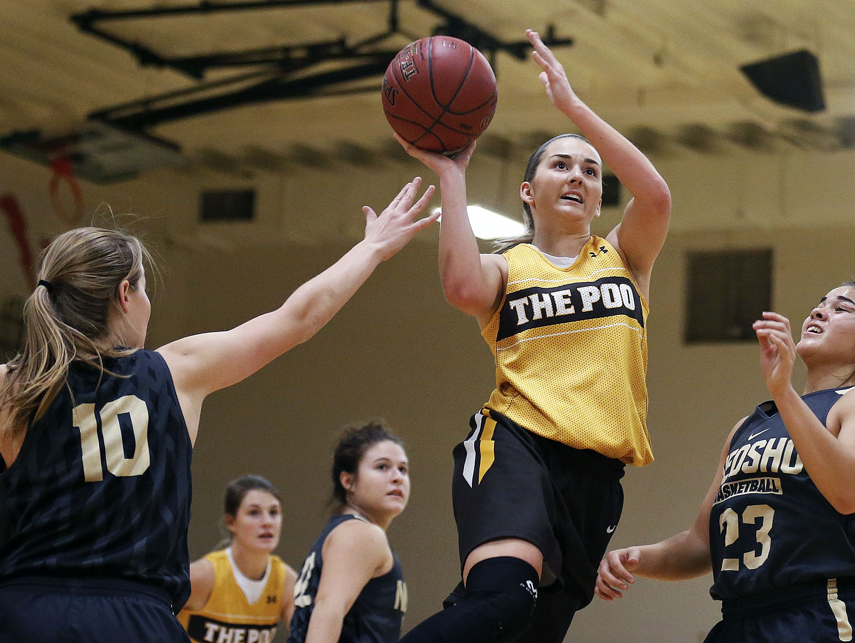 Kickapoo High School junior Jordan Wersinger (center) and her teammates will take part in a 48-hour high school basketball marathon at the 2016 Norm Stewart Classic in Columbia.