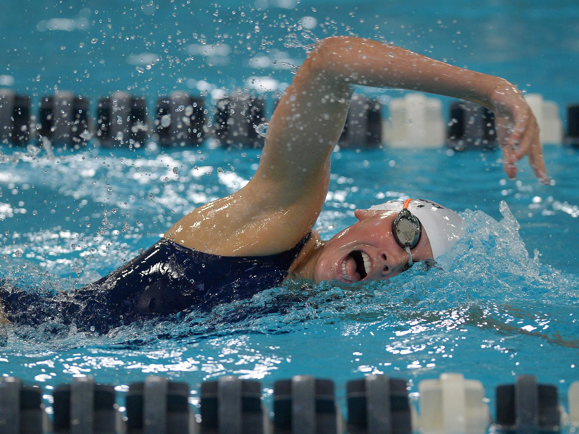Pittsford's Sarah Smith swims the 500 yard freestyle.