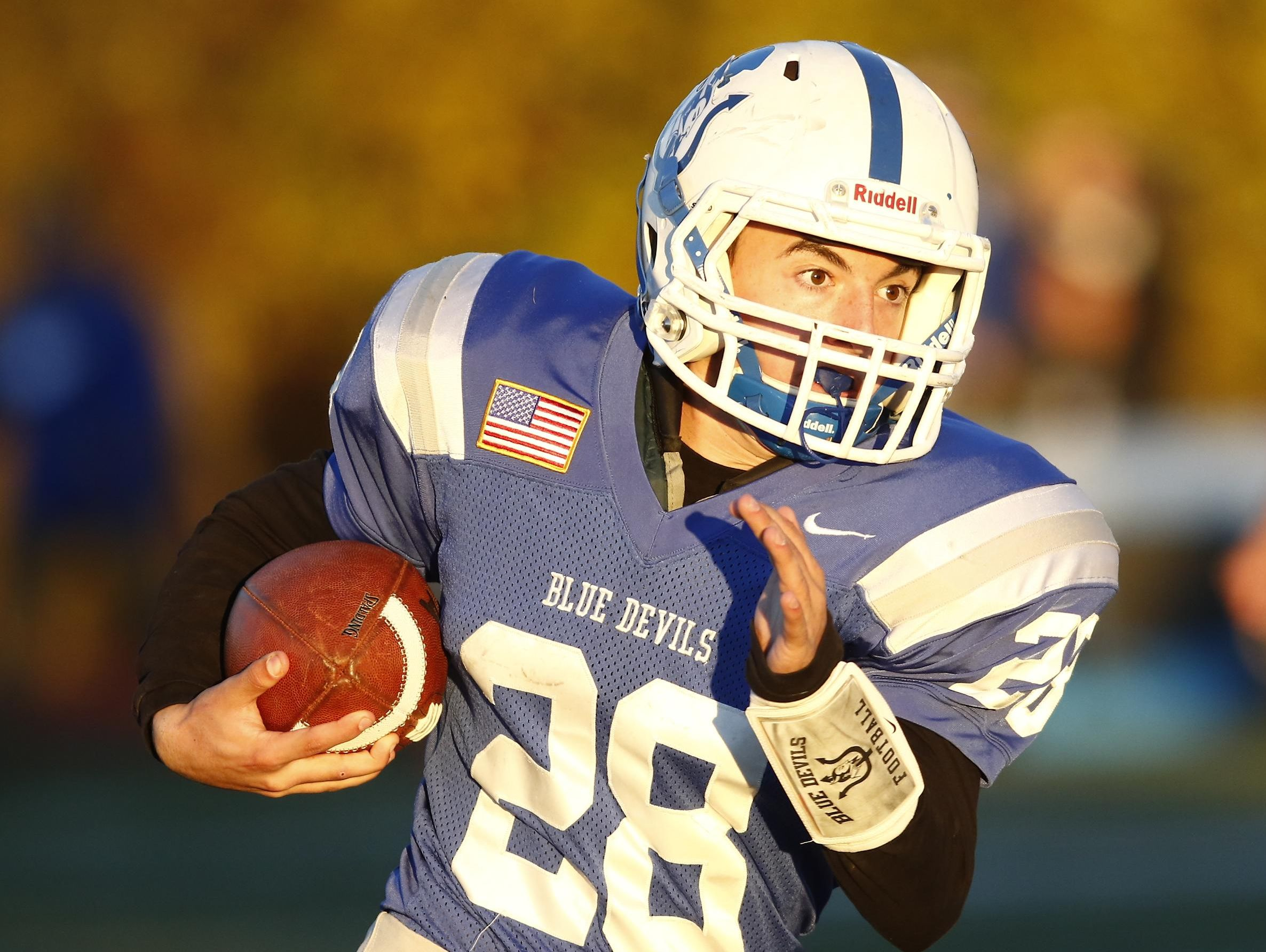 Haldane's Joe DiGregorio picks up yardage during the Blue Devils' 26-6 win over Tuckahoe in the Section 1 Class D championship game at Mahopac High School on Friday.