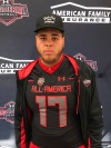 Jedrick Wills receives his Under Armour All-America jersey (Photo: Intersport)