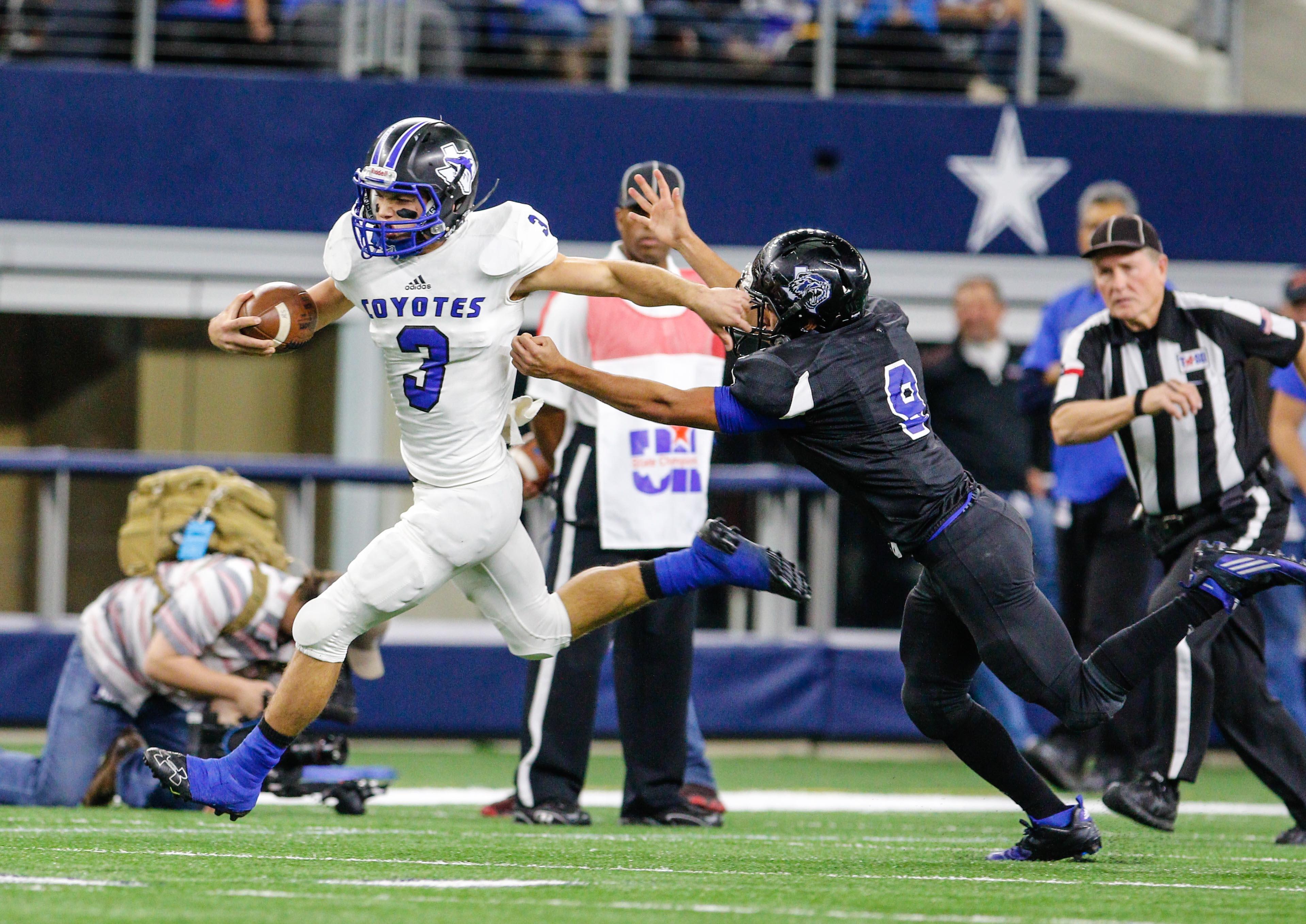 December 14, 2016 - Texas UIL State 1A Div. II championship game between Balmorhea and Richland Springs at AT&T Stadium in Arlington, Texas. (Image Credit: John Glaser/texashsfootball.com)