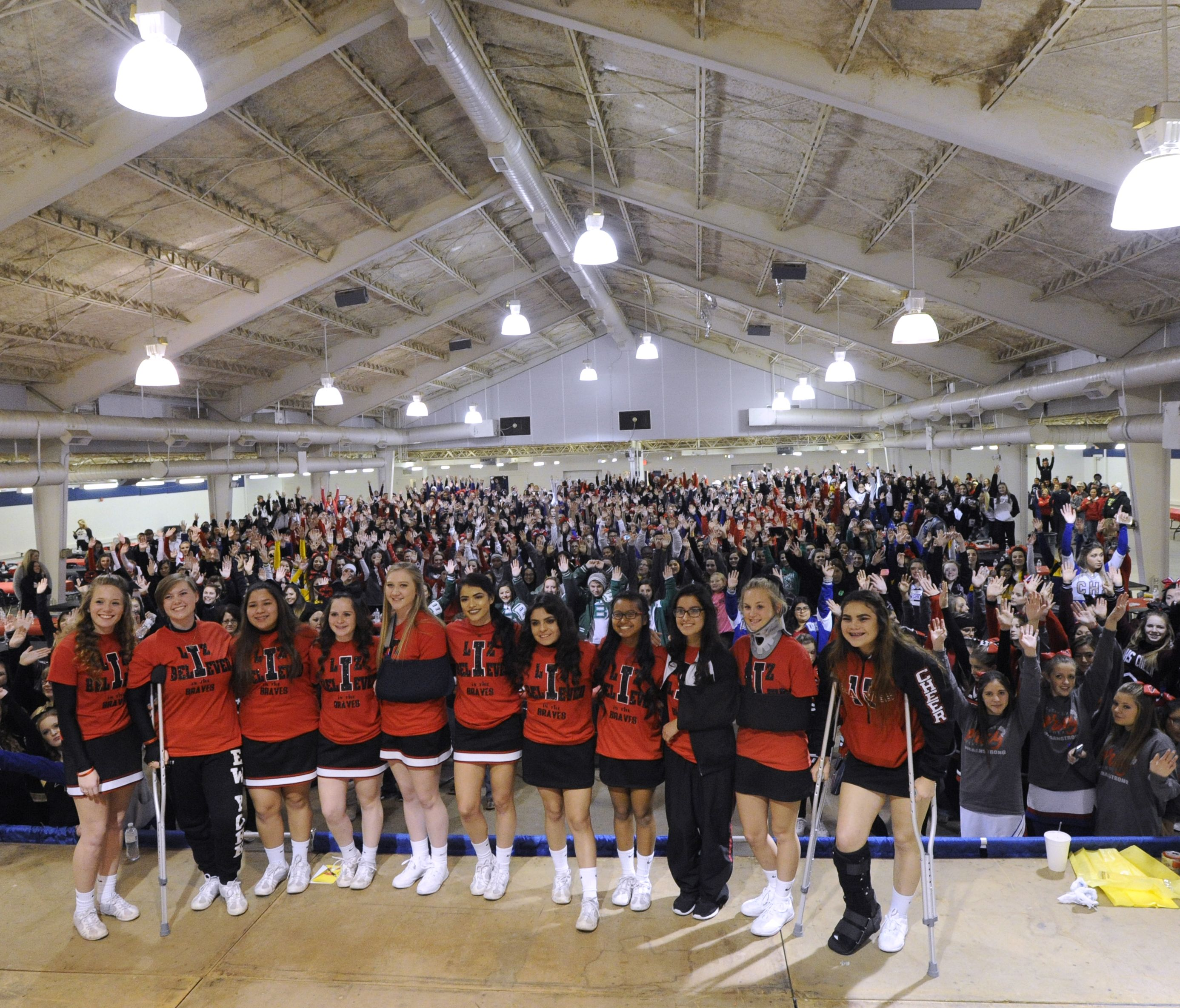 The Iraan High School cheerleaders gather for a group picture with the hundreds of other West Texas cheerleaders that came to support them (Photo: Ronald W. Erdrich, Abilene Reporter News)