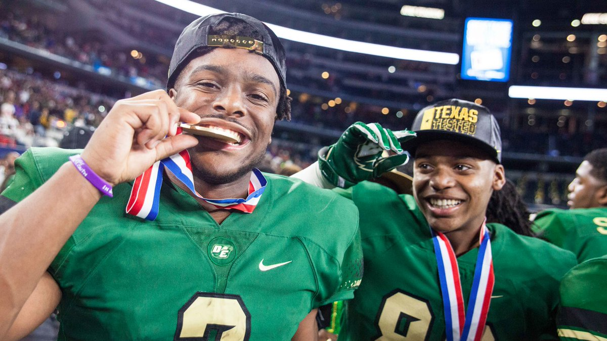 Shawn Robinson and DeSoto have the state title (Photo: John Glaser/texashsfootball.com)