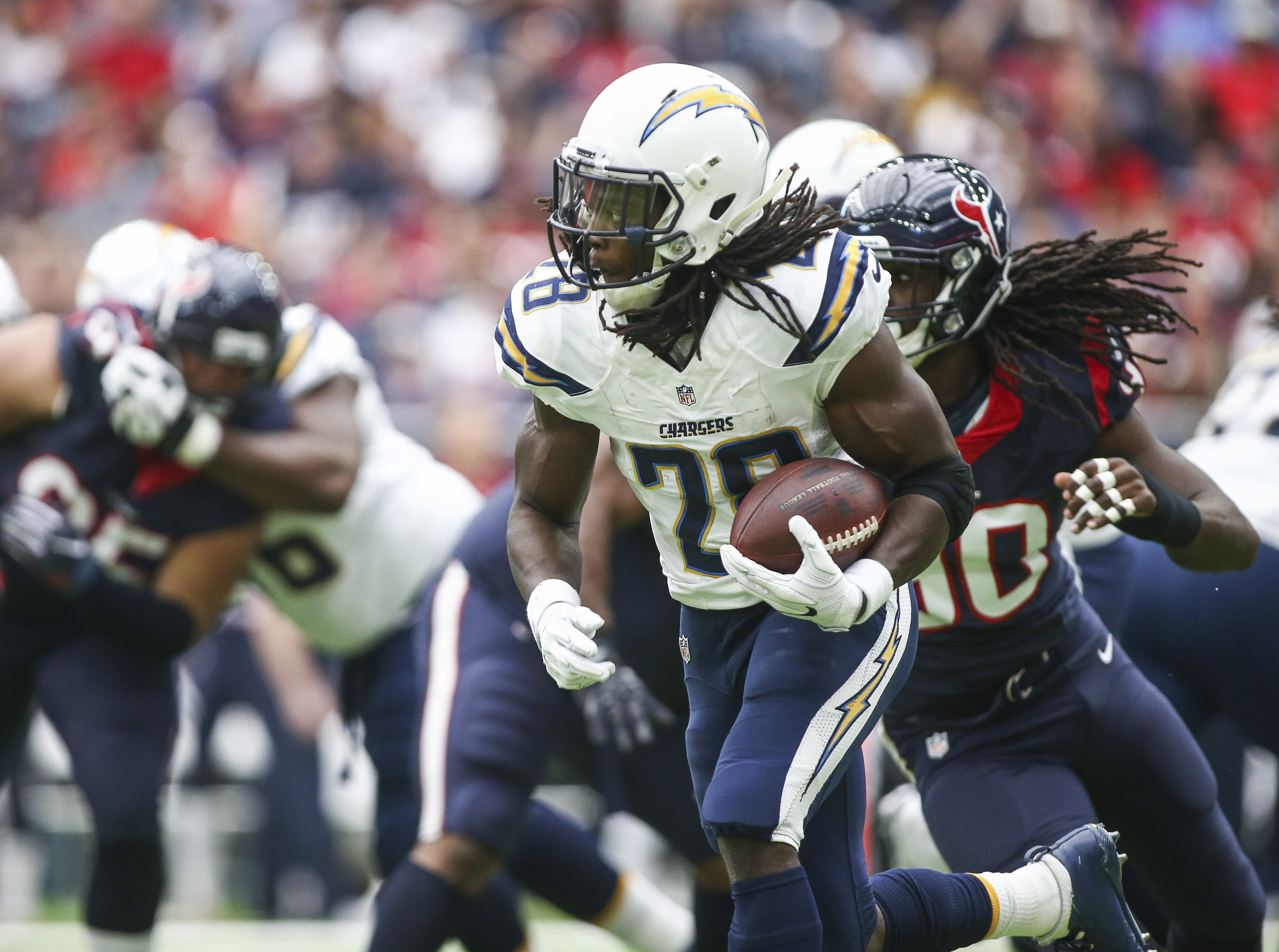 Nov 27, 2016; Houston, TX, USA; San Diego Chargers running back Melvin Gordon (28) rushes during the first quarter against the Houston Texans at NRG Stadium. Mandatory Credit: Troy Taormina-USA TODAY Sports ORG XMIT: USATSI-268562 ORIG FILE ID: 20161127_ggw_at5_021.JPG