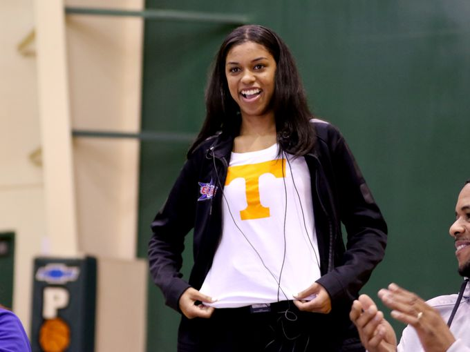 Evina Westbrook shows off her Tennessee shirt when she signed her letter of intent (Photo: Anna Reed, Statesman-Journal)