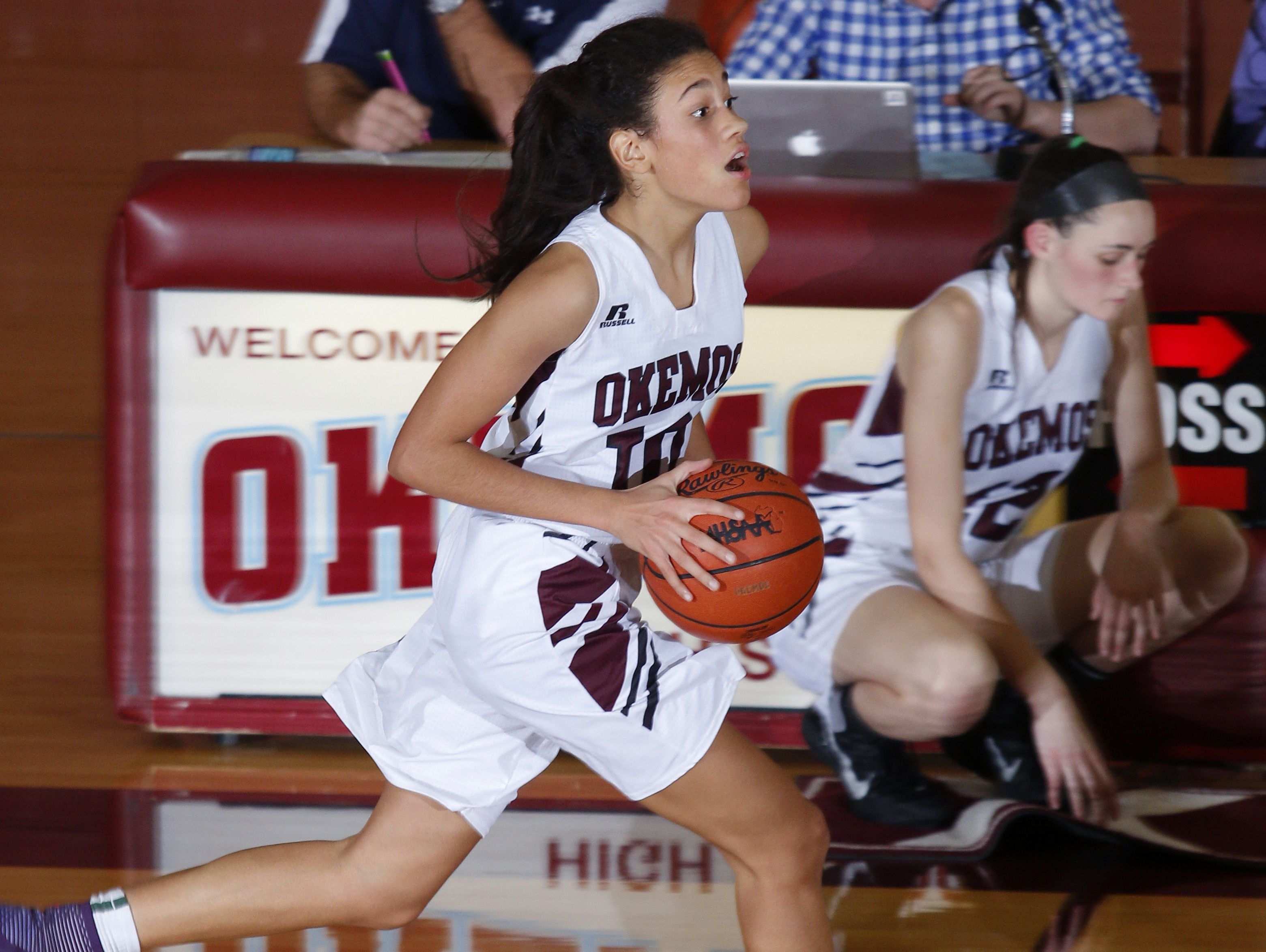 Laya Hartman and Okemos are off to a 7-2 start and are tied atop the CAAC Blue with East Lansing.