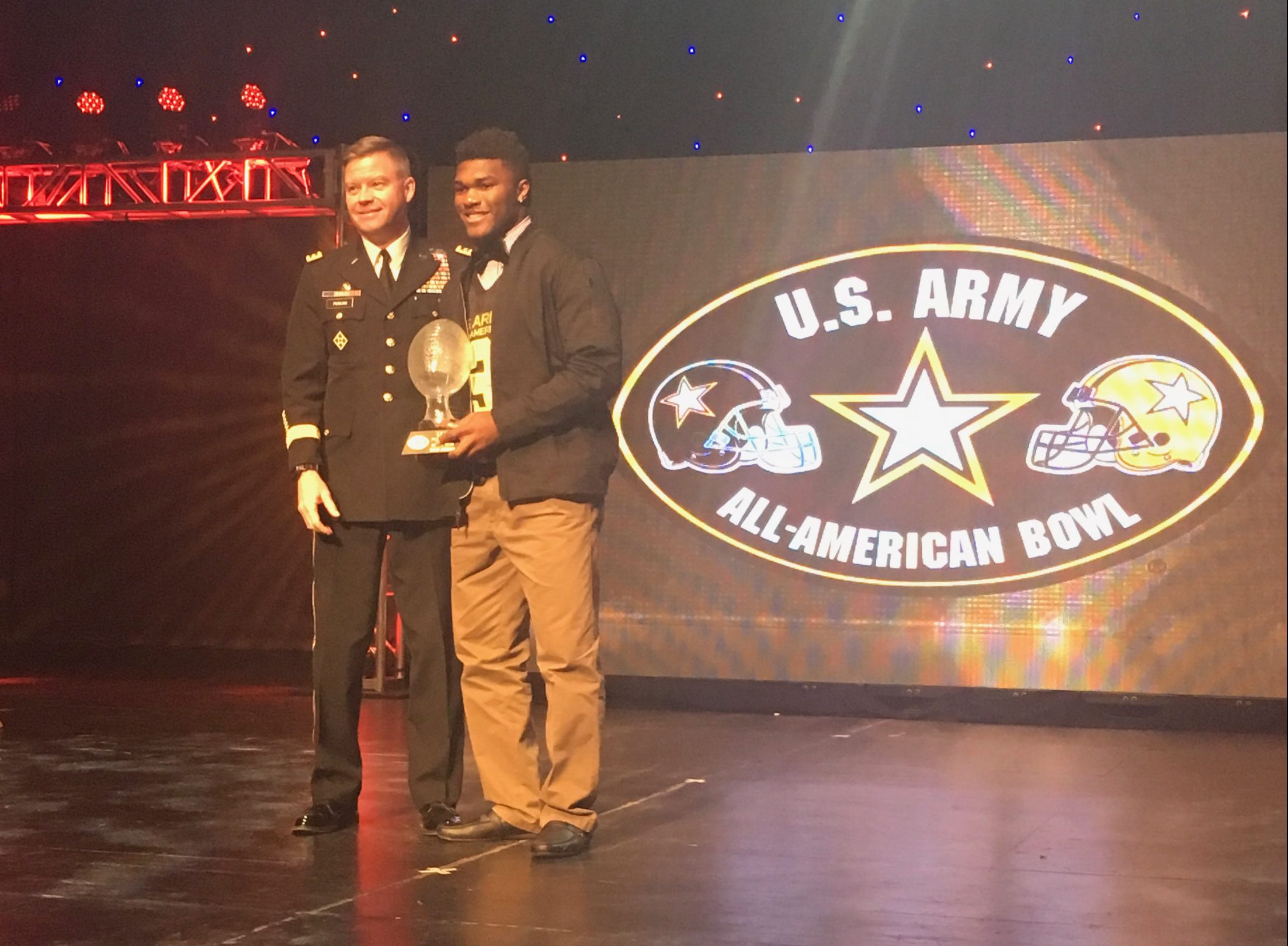 Cam Akers was named the U.S. Army Player of the Year (Photo: AAG)