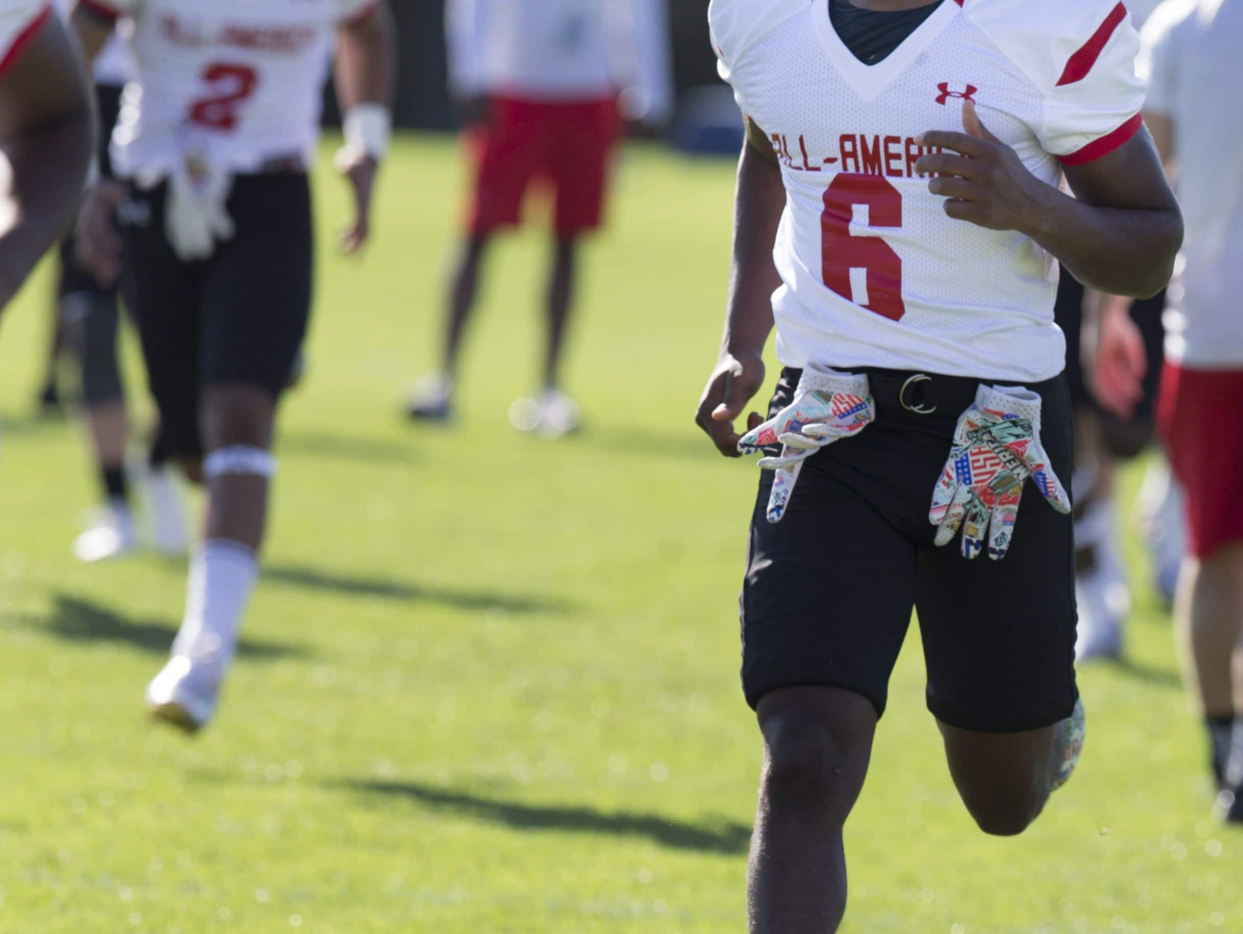 Louisville football commitment Russ Yeast is seen during practice for the Under Armour All-America football game. Dec. 29, 2016.