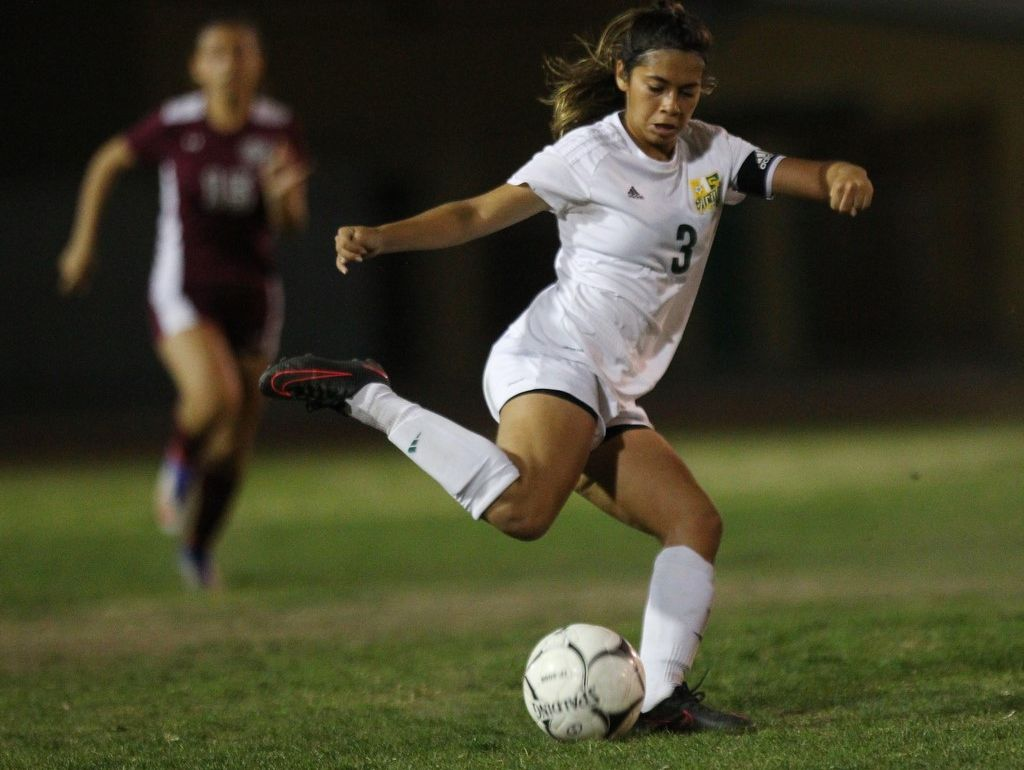 Mariah Godniez scored the second goal for Coachella Valley Tuesday.