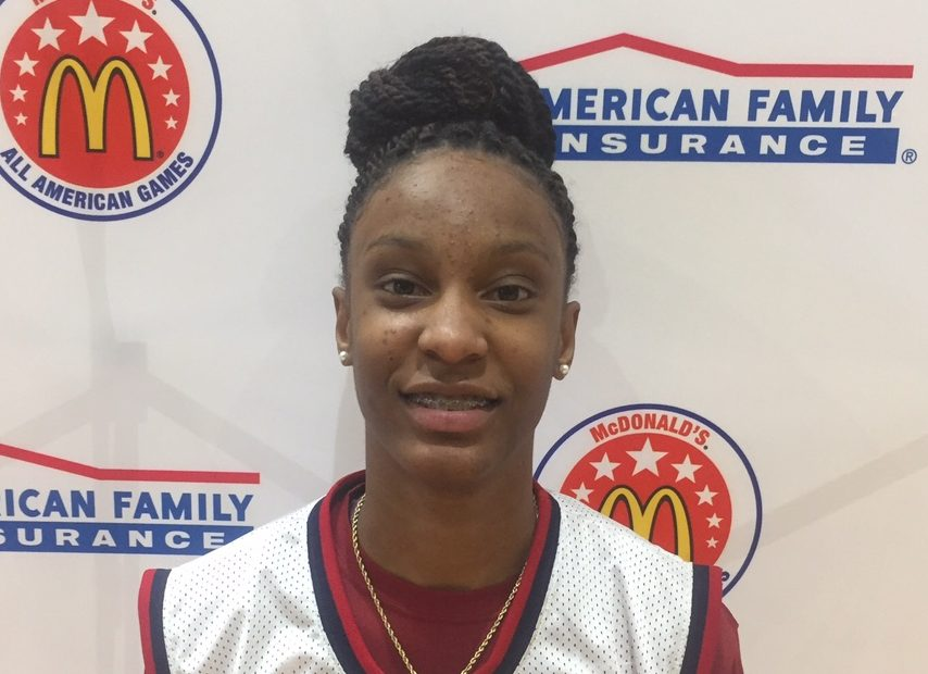 Kianna Williams receives her honorary McDonalds All American jersey Photo: McDAAG)