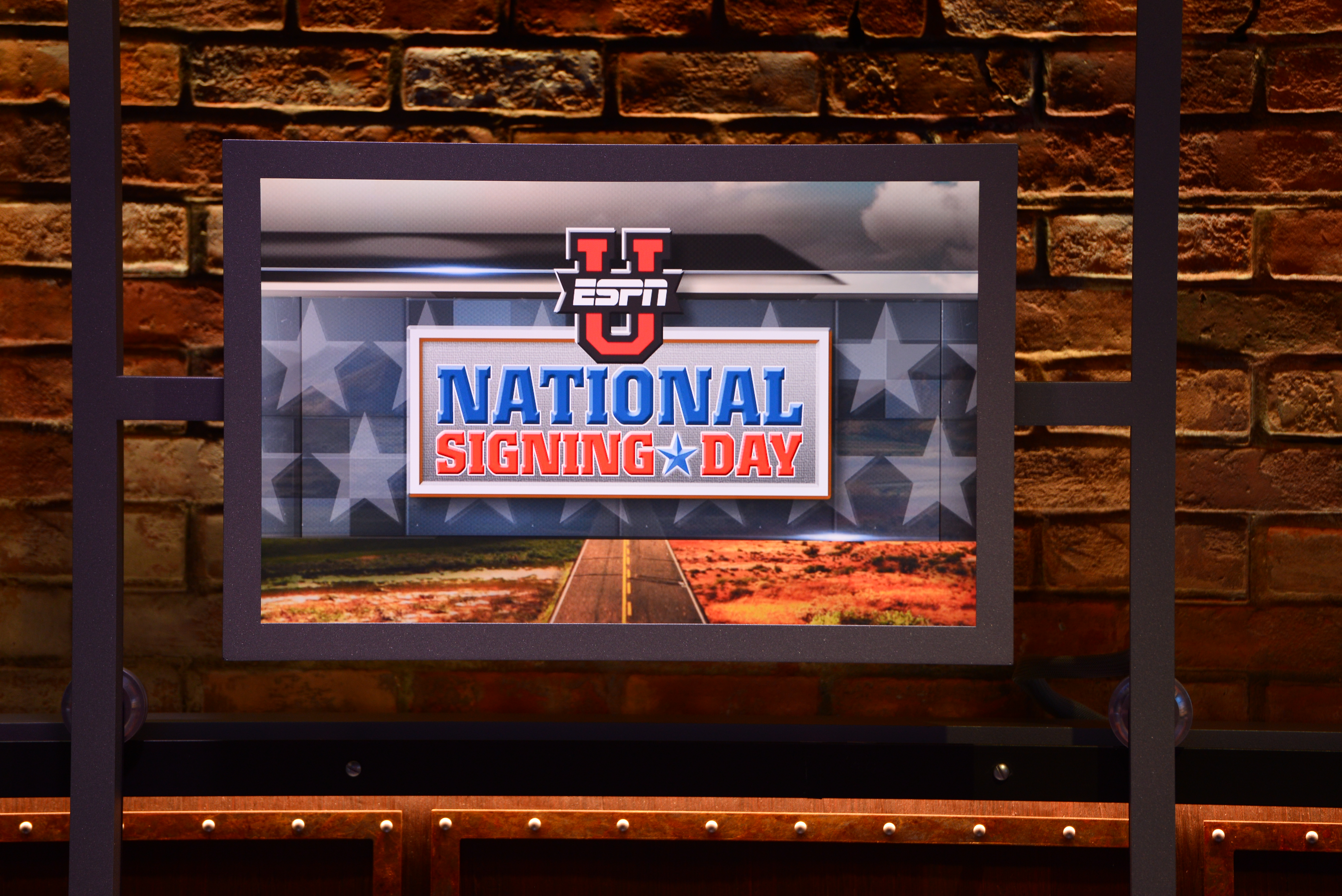 2017 ESPNU National Signing Day Special.(Photo: Melissa Rawlins, ESPN Images)