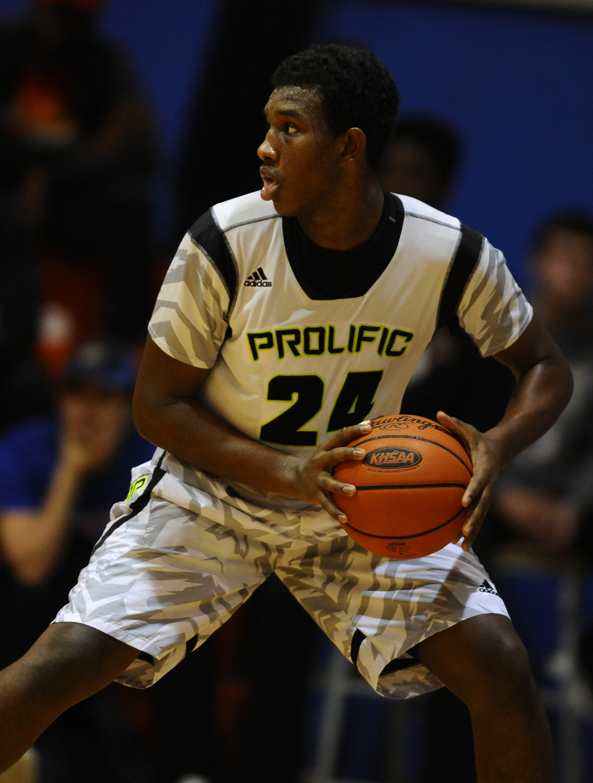 12/5/15 8:54:25 PM -- Benton, KY, U.S.A -- Prolific Prep guard Abu Kigab (24) looks to pass the ball against Advanced Prep at the Grind Session basketball tournament. -- Photo by Christopher Hanewinckel USA TODAY Sports Images, Gannett ORG XMIT: US 134138 Grind Hoops 12/5/2015 [Via MerlinFTP Drop]