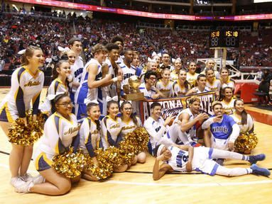 Shadow Mountain poses for pictures after going 27-0 and capturing the 4A state title.
