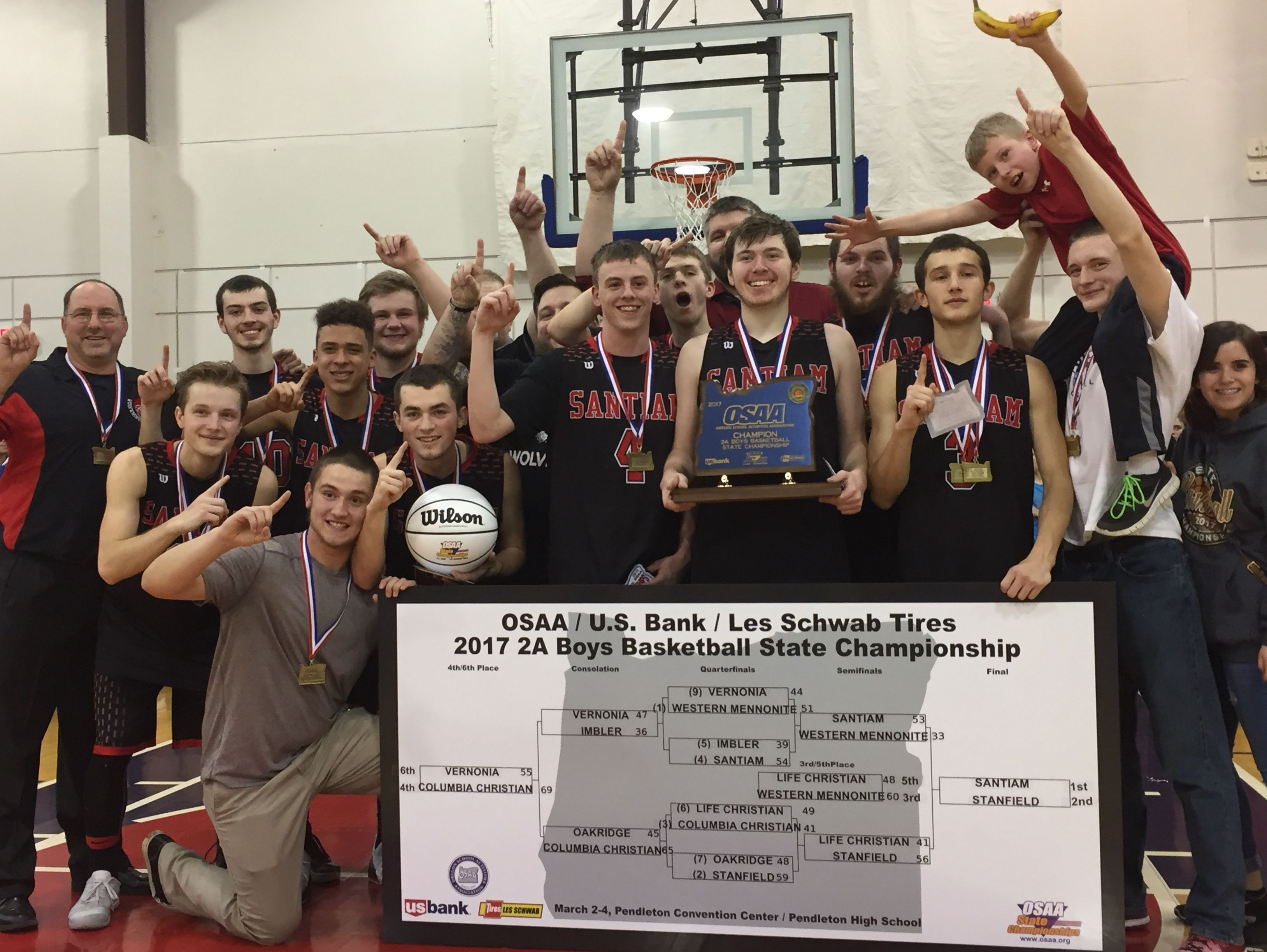 Santiam celebrates after winning the OSAA Class 2A boys state championship at Pendleton Convention Center on March 4, 2017.