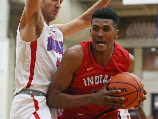 Fort Wayne Snider's Malik Williams, right, is headed to Louisville next season.