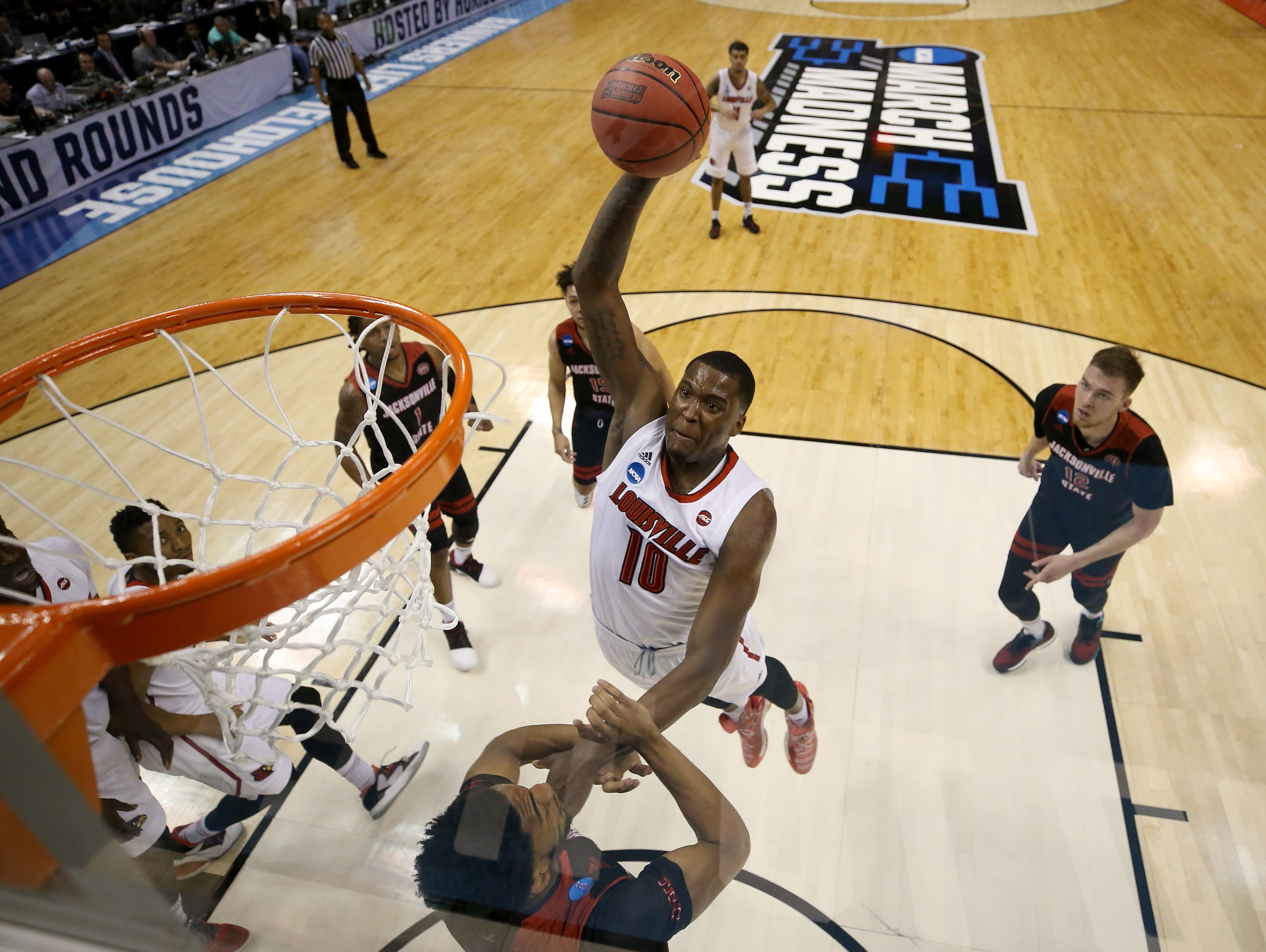 Louisville's Jaylen Johnson shoots the ball against Jacksonville State during the first round of the NCAA tournament at Bankers Life Fieldhouse on March 17, 2017.