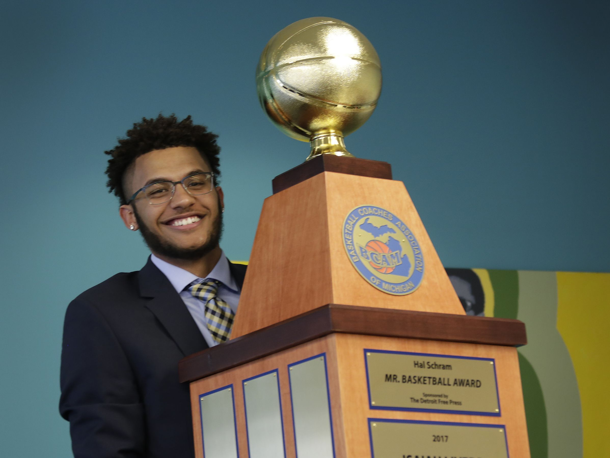 A look at every Michigan Mr. Basketball winner with their school of choice, starting with 2017: Isaiah Livers, Kalamazoo Central (Michigan).