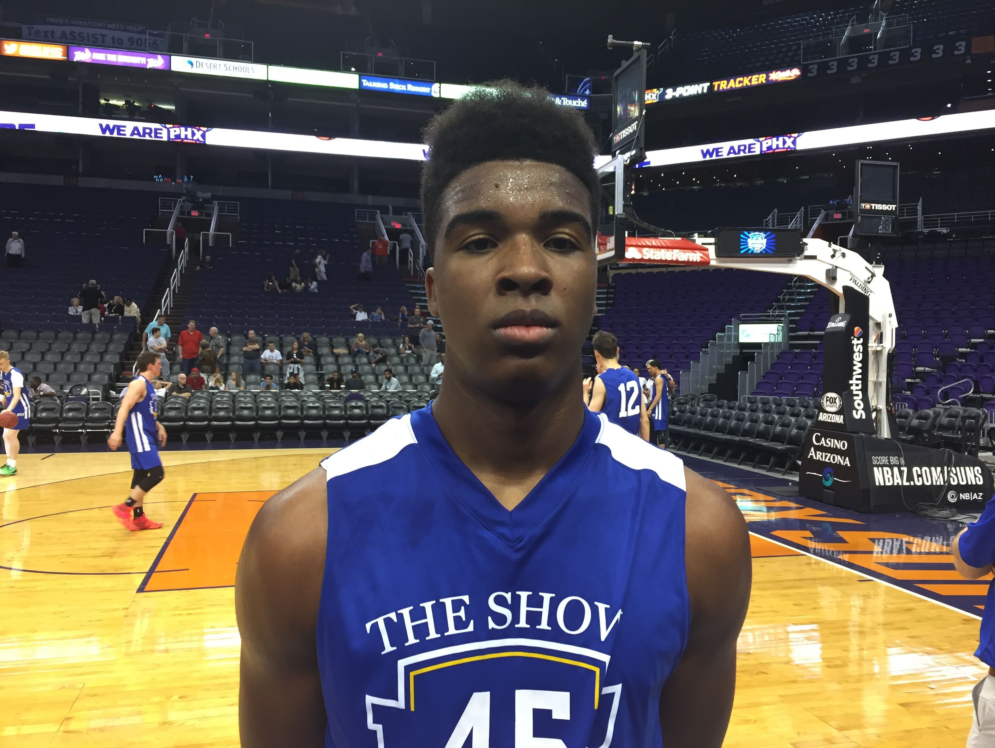 Tri-City Christian forward Nigel Shadd had a big performance in the Blue's win over the White in Arizona's inaugural The Show on Thursday at Talking Stick Resort Arena.