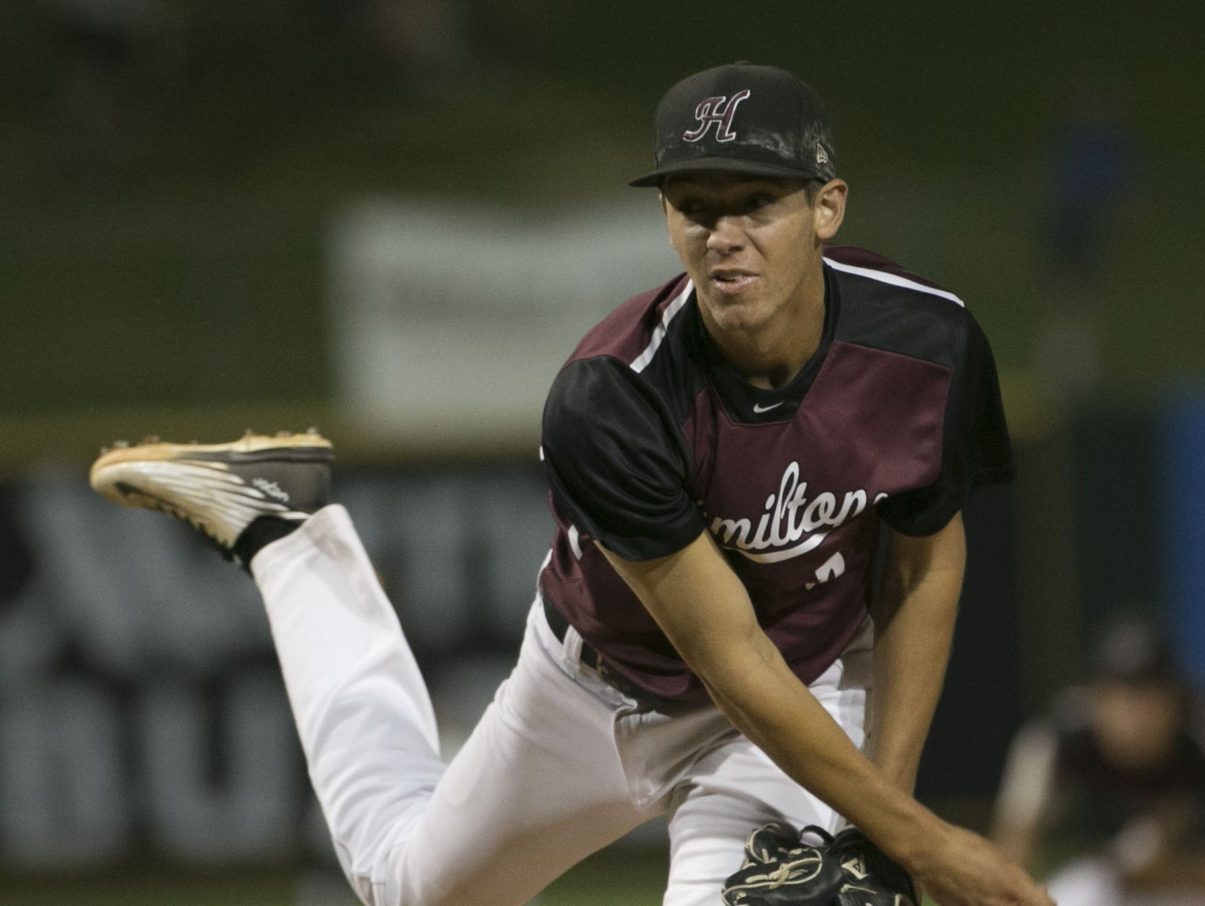 Hamilton's Cole Bellinger (8) pitches against Mountain Ridge during the Division I State Championship game at Tempe Diablo Stadium on May 17, 2016 in Tempe, Ariz.