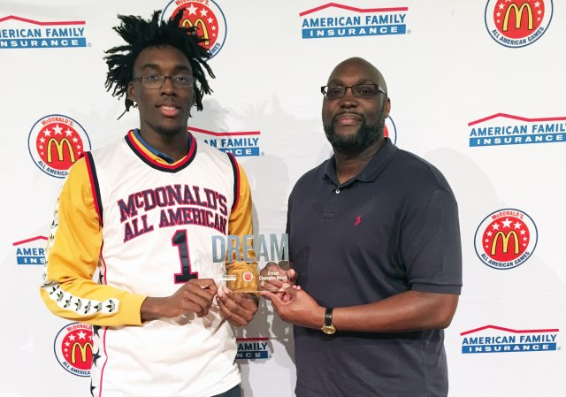 Nassir presented his dad, Harold Little, with the Dream Champion Award. (Photo: McDAAG)